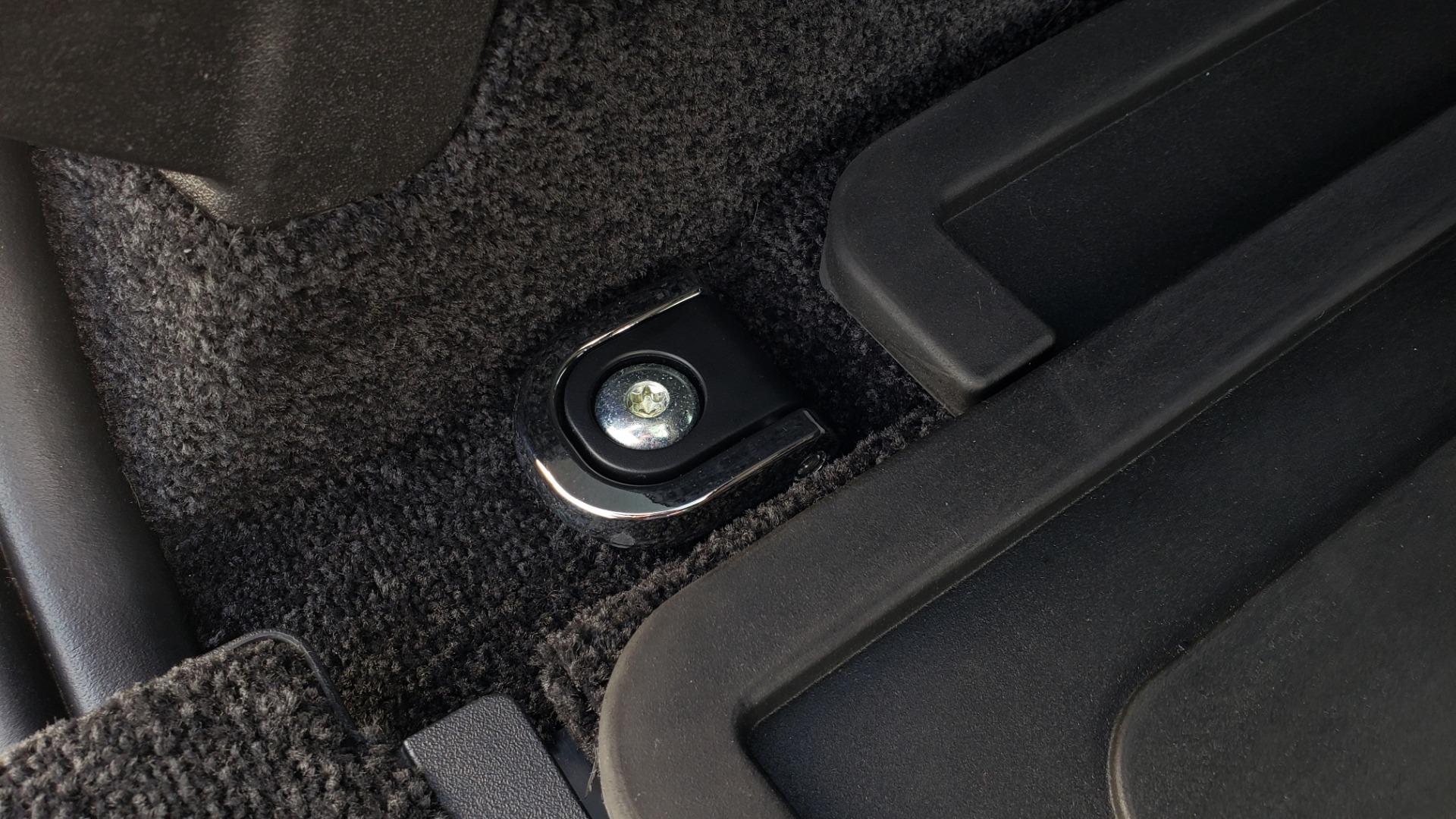 Used 2017 Land Rover RANGE ROVER SC V8 / VISION ASST / DRIVE PKG / MERIDIAN SOUND / PANO-ROOF / NAV / BSM for sale $75,995 at Formula Imports in Charlotte NC 28227 20