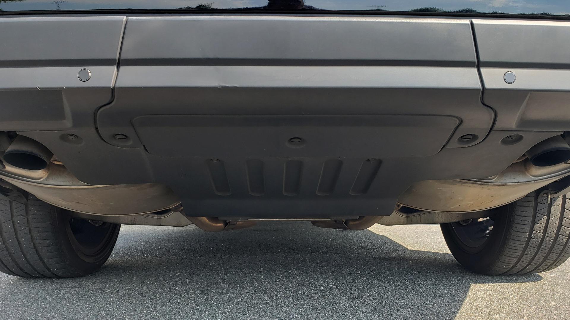 Used 2017 Land Rover RANGE ROVER SC V8 / VISION ASST / DRIVE PKG / MERIDIAN SOUND / PANO-ROOF / NAV / BSM for sale $75,995 at Formula Imports in Charlotte NC 28227 35