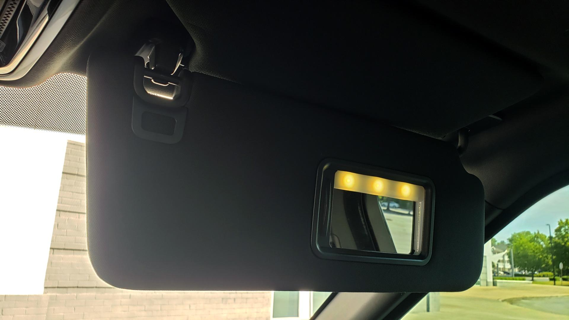 Used 2017 Land Rover RANGE ROVER SC V8 / VISION ASST / DRIVE PKG / MERIDIAN SOUND / PANO-ROOF / NAV / BSM for sale $75,995 at Formula Imports in Charlotte NC 28227 60