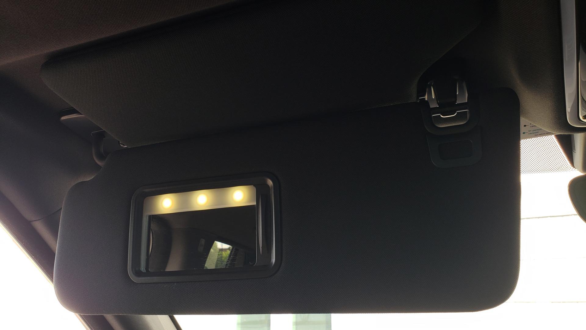 Used 2017 Land Rover RANGE ROVER SC V8 / VISION ASST / DRIVE PKG / MERIDIAN SOUND / PANO-ROOF / NAV / BSM for sale $75,995 at Formula Imports in Charlotte NC 28227 61