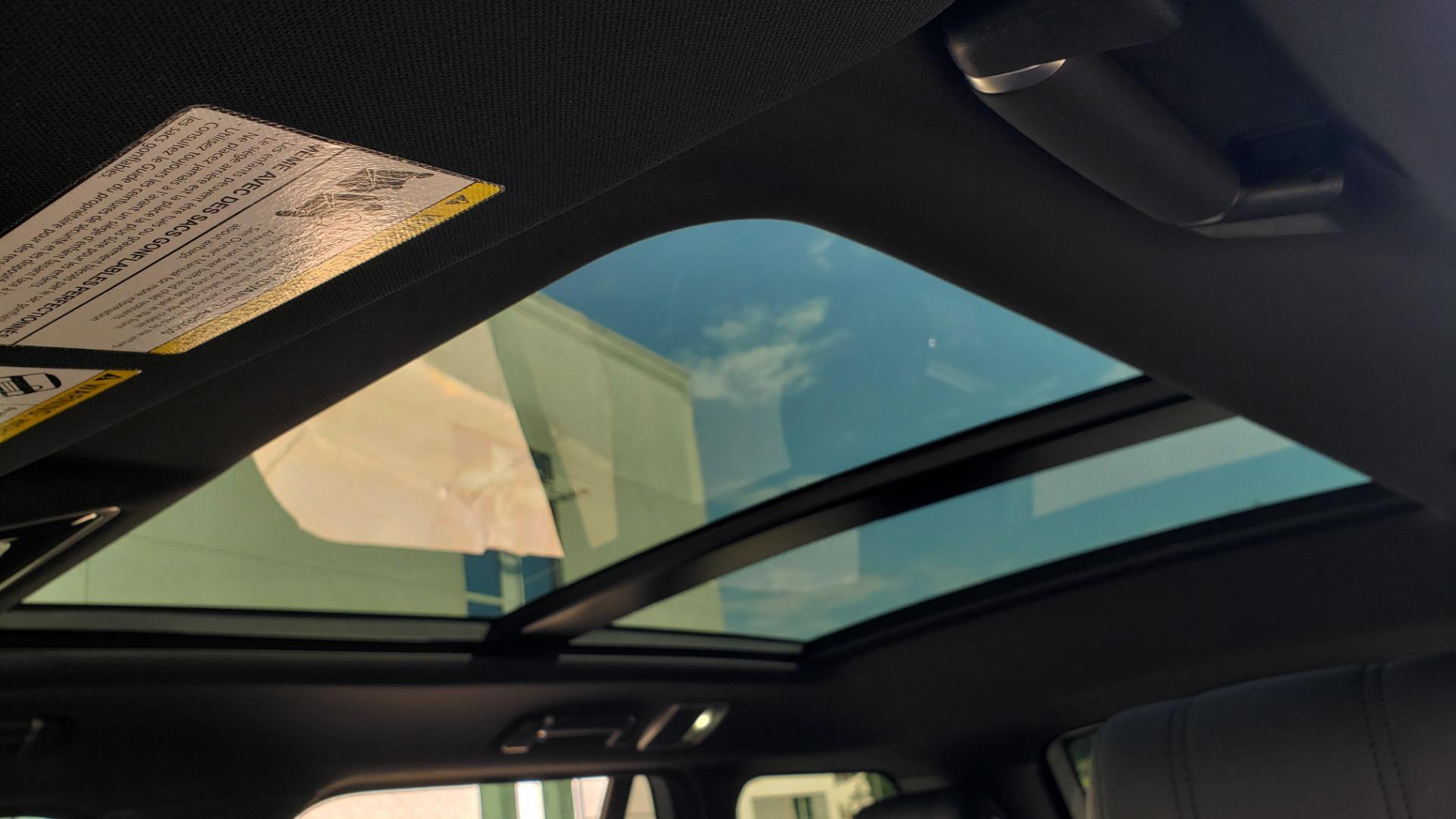 Used 2017 Land Rover RANGE ROVER SC V8 / VISION ASST / DRIVE PKG / MERIDIAN SOUND / PANO-ROOF / NAV / BSM for sale $75,995 at Formula Imports in Charlotte NC 28227 63