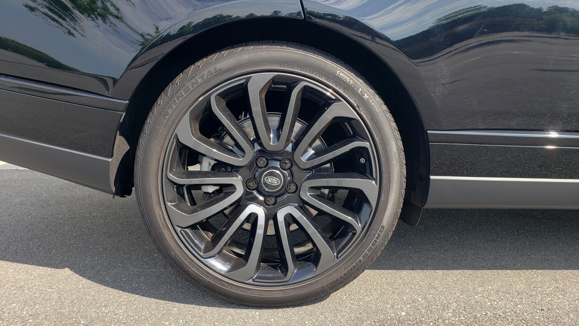 Used 2017 Land Rover RANGE ROVER SC V8 / VISION ASST / DRIVE PKG / MERIDIAN SOUND / PANO-ROOF / NAV / BSM for sale $75,995 at Formula Imports in Charlotte NC 28227 89
