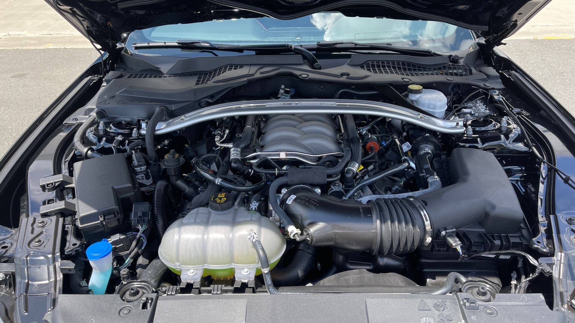 Used 2020 Ford MUSTANG GT PREMIUM / CALIFORNIA SPECIAL / 5.0L V8 / 6-SPD MAN for sale Sold at Formula Imports in Charlotte NC 28227 23