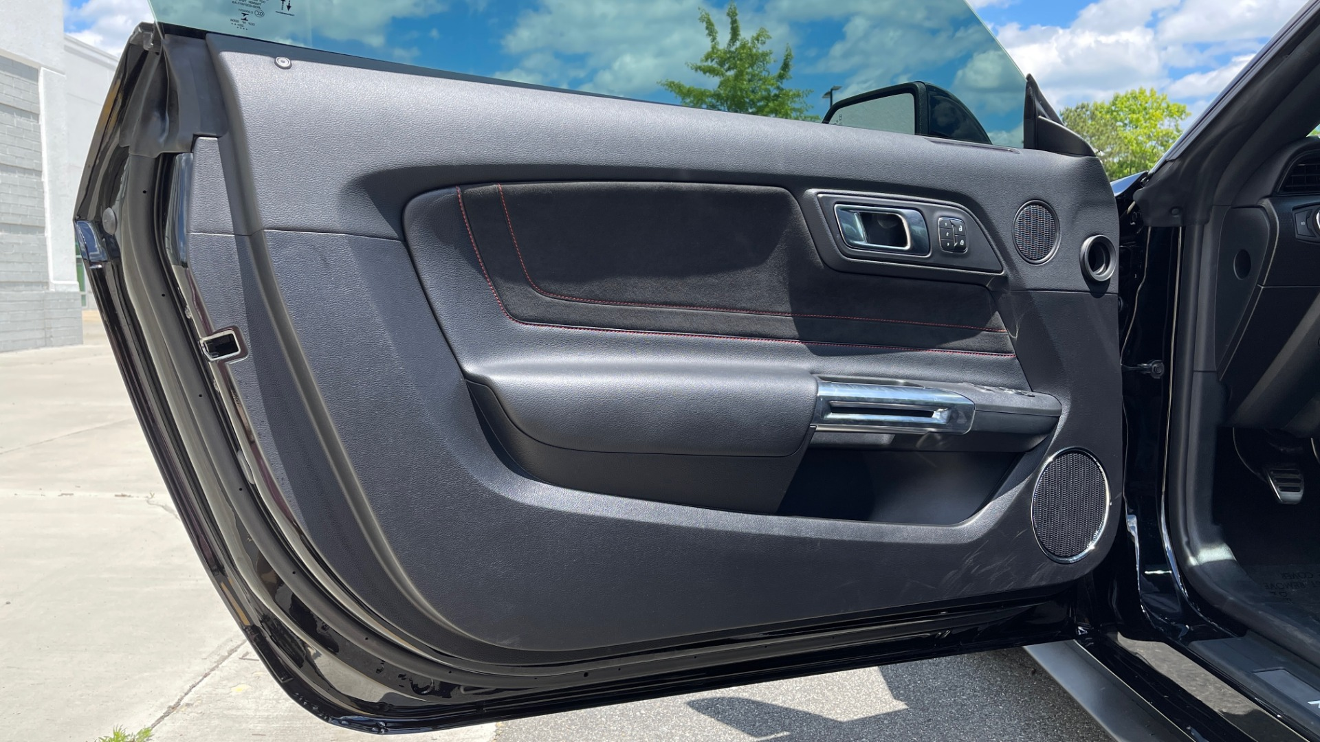 Used 2020 Ford MUSTANG GT PREMIUM / CALIFORNIA SPECIAL / 5.0L V8 / 6-SPD MAN for sale Sold at Formula Imports in Charlotte NC 28227 39