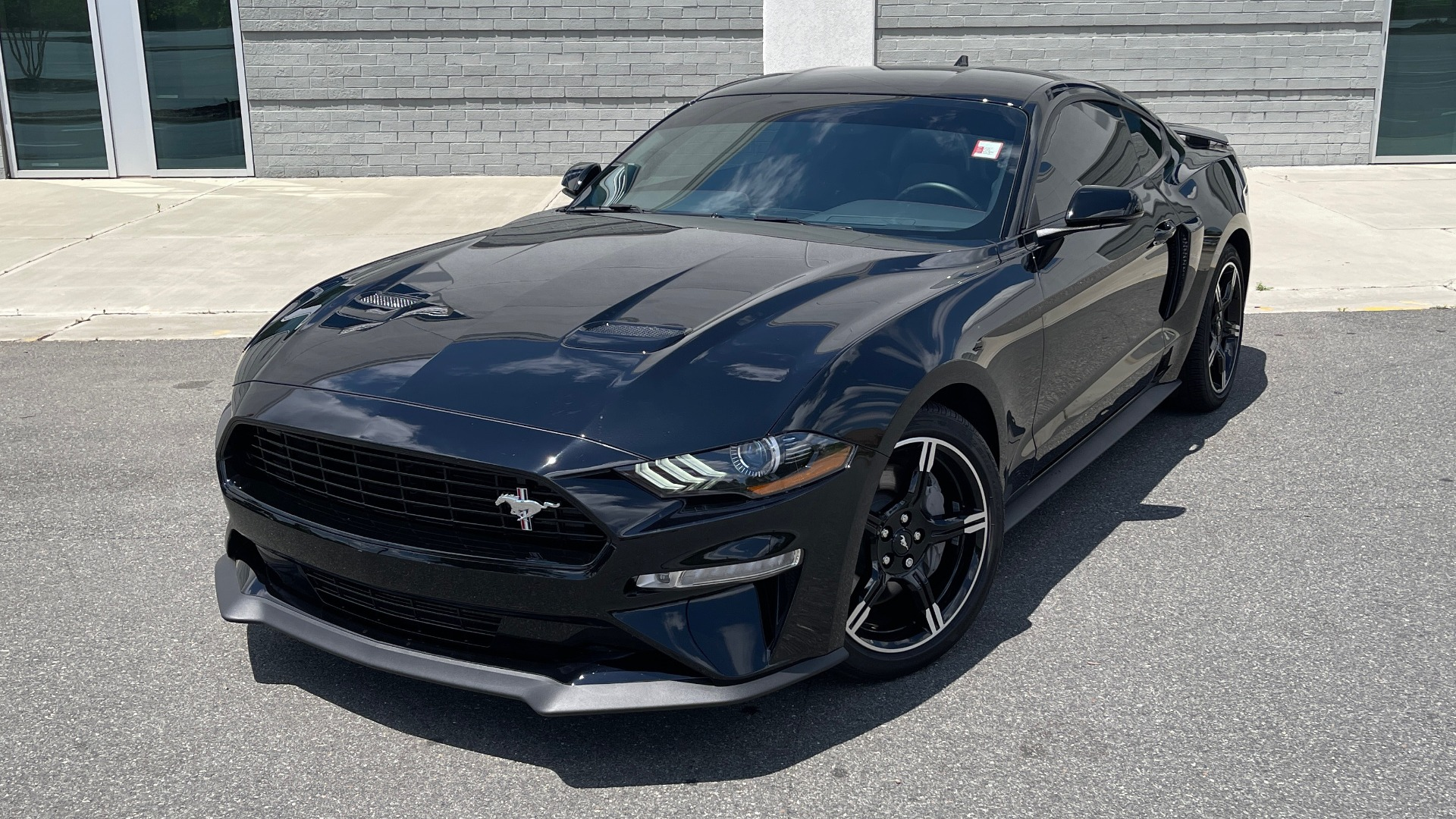 Used 2020 Ford MUSTANG GT PREMIUM / CALIFORNIA SPECIAL / 5.0L V8 / 6-SPD MAN for sale Sold at Formula Imports in Charlotte NC 28227 4