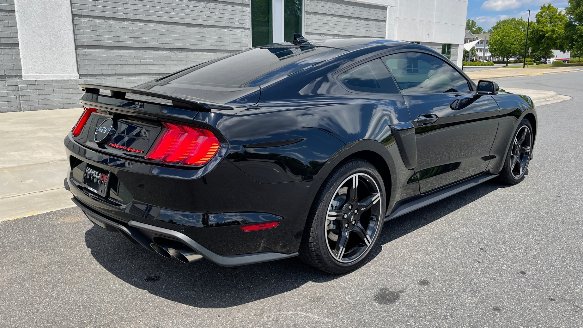 Used 2020 Ford MUSTANG GT PREMIUM / CALIFORNIA SPECIAL / 5.0L V8 / 6-SPD MAN for sale Sold at Formula Imports in Charlotte NC 28227 5