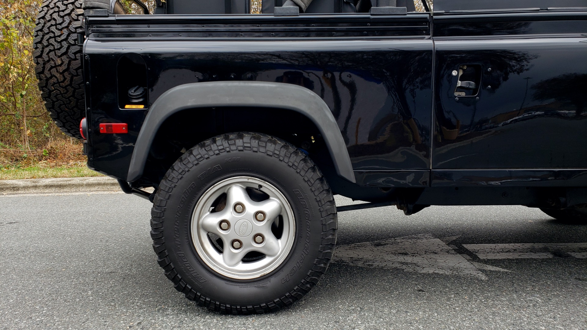 Used 1997 Land Rover DEFENDER 90 NAS SOFT-TOP 4x4 / LOW MILES / SUPER CLEAN for sale Sold at Formula Imports in Charlotte NC 28227 73