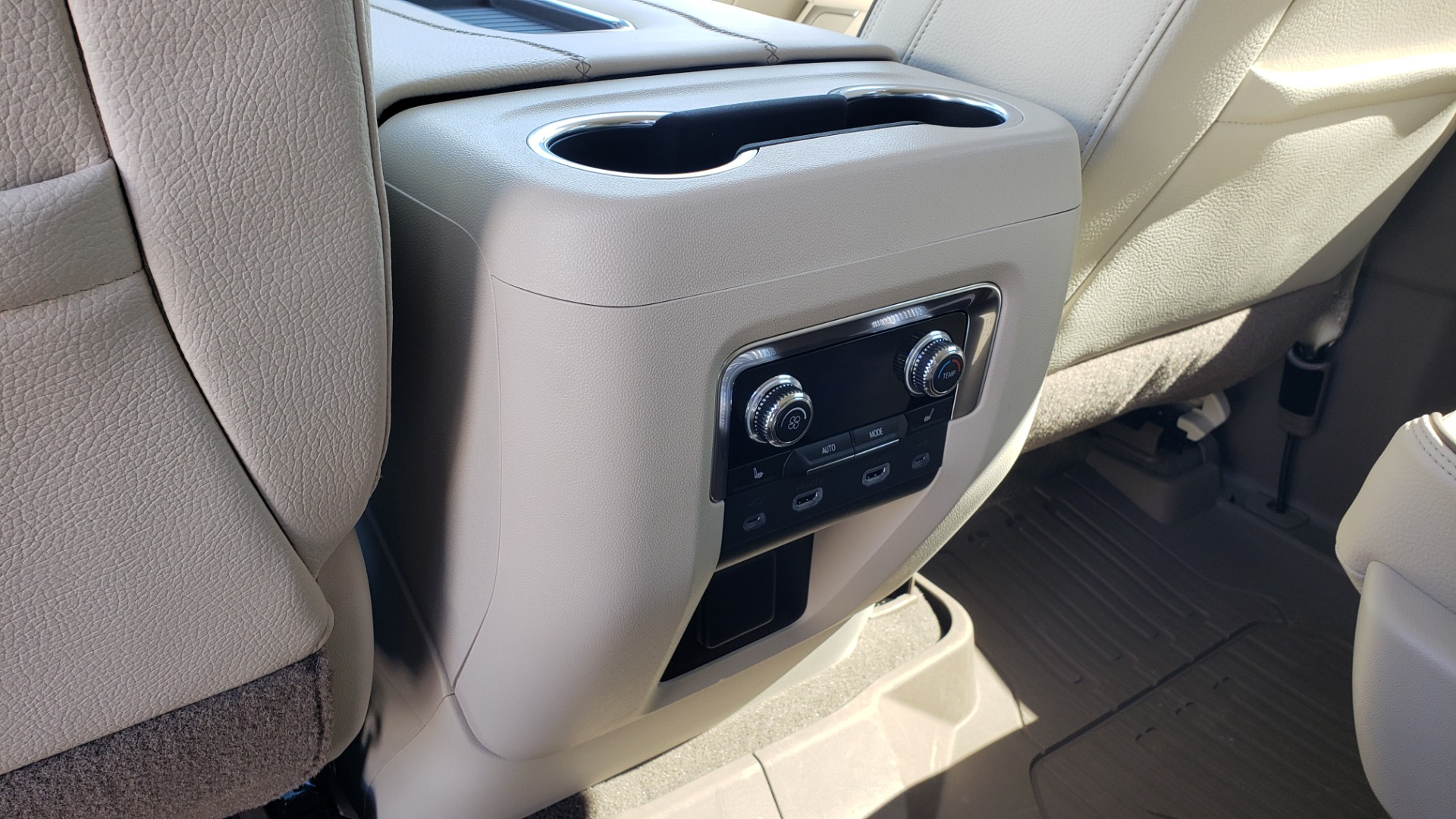 Used 2021 GMC YUKON DENALI PREM / 4WD / NAV / TECH / TRAILER / SECURITY / SUNROOF for sale Sold at Formula Imports in Charlotte NC 28227 57