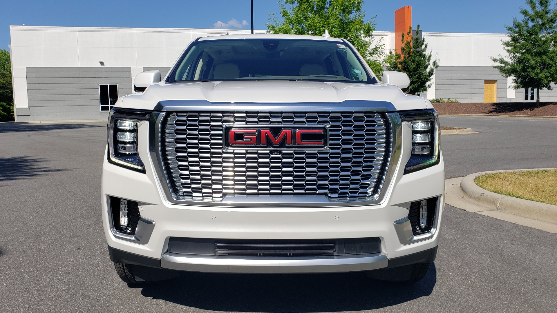 Used 2021 GMC YUKON DENALI PREM / 4WD / NAV / TECH / TRAILER / SECURITY / SUNROOF for sale Sold at Formula Imports in Charlotte NC 28227 76