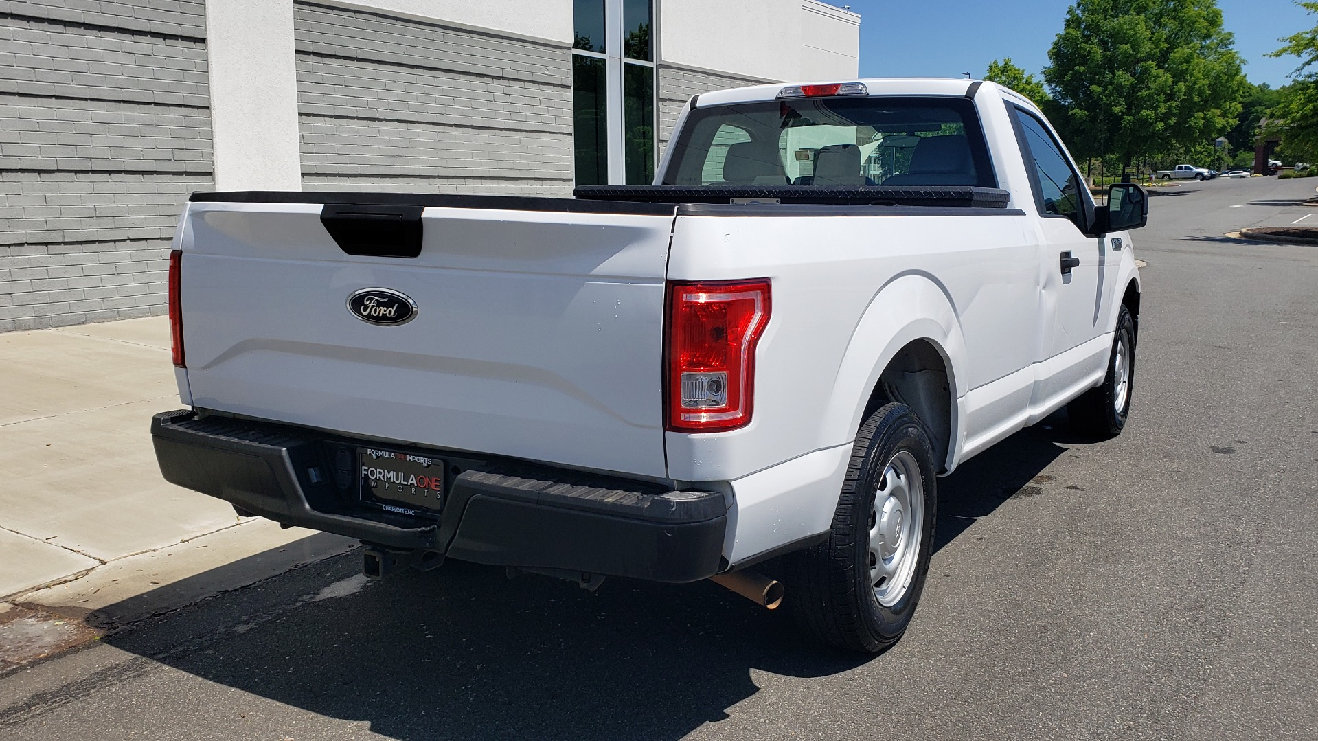 Used 2016 Ford F-150 XL 4X2 REGULAR CAB / 3.5L V6 / 6-SPD AUTO / CRUISE CONTROL for sale $12,995 at Formula Imports in Charlotte NC 28227 6