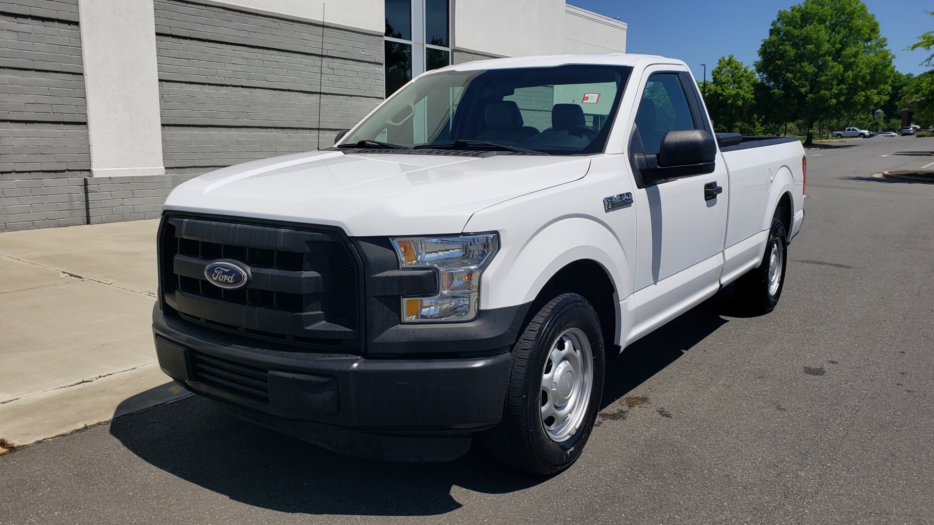 Used 2016 Ford F-150 XL 4X2 REGULAR CAB / 3.5L V6 / 6-SPD AUTO / CRUISE CONTROL for sale $12,995 at Formula Imports in Charlotte NC 28227 1