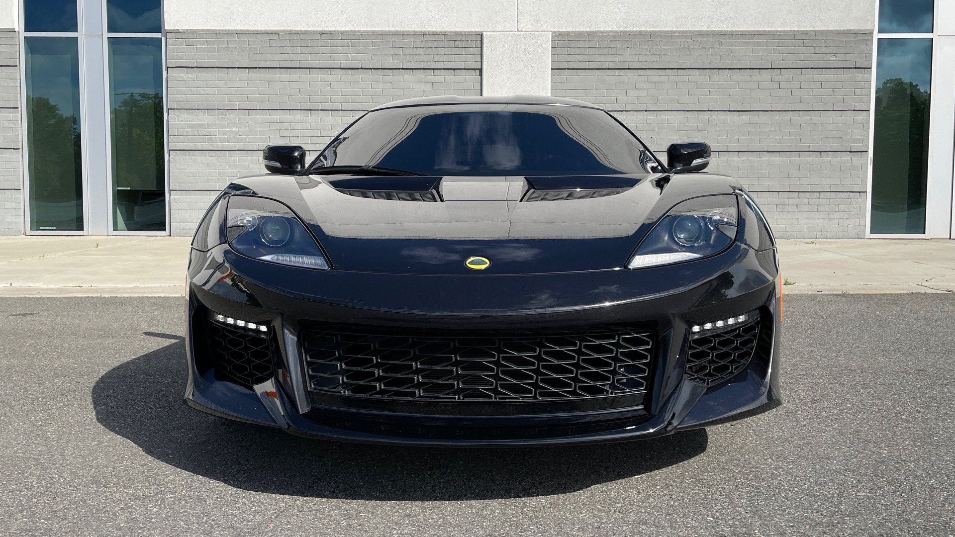 Used 2017 Lotus EVORA 400 COUPE / 3.5L SUPERCHARGED V6 / PDL SHIFT AUTO / NAV / REARVIEW for sale Sold at Formula Imports in Charlotte NC 28227 7