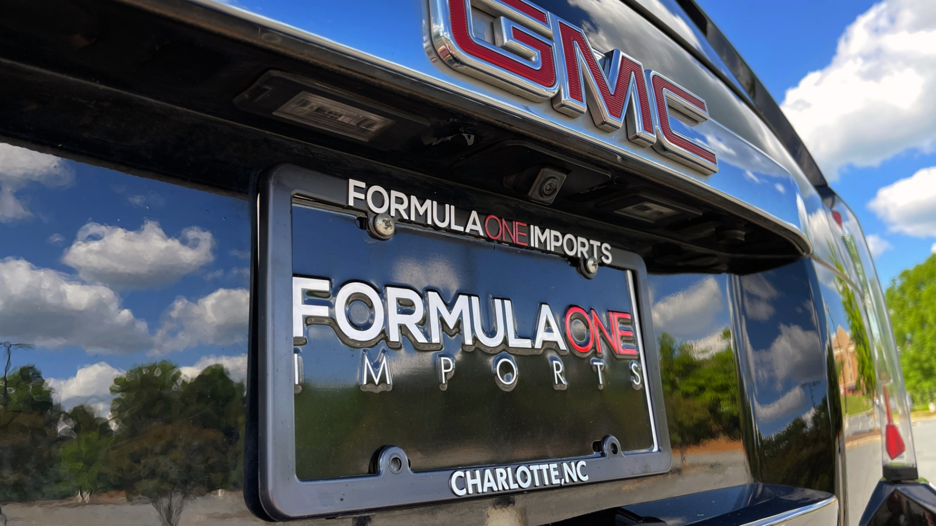 Used 2017 GMC YUKON DENALI 4WD / OPEN ROAD / NAV / ENTERTAINMENT / SUNROOF / ADAPT CRUISE for sale Sold at Formula Imports in Charlotte NC 28227 30