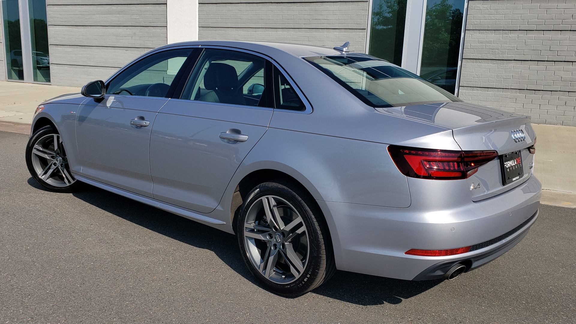Used 2018 Audi A4 PREMIUM PLUS 2.0T / NAV / SUNROOF / B&O SND / CLD WTHR / REARVIEW for sale $29,395 at Formula Imports in Charlotte NC 28227 2