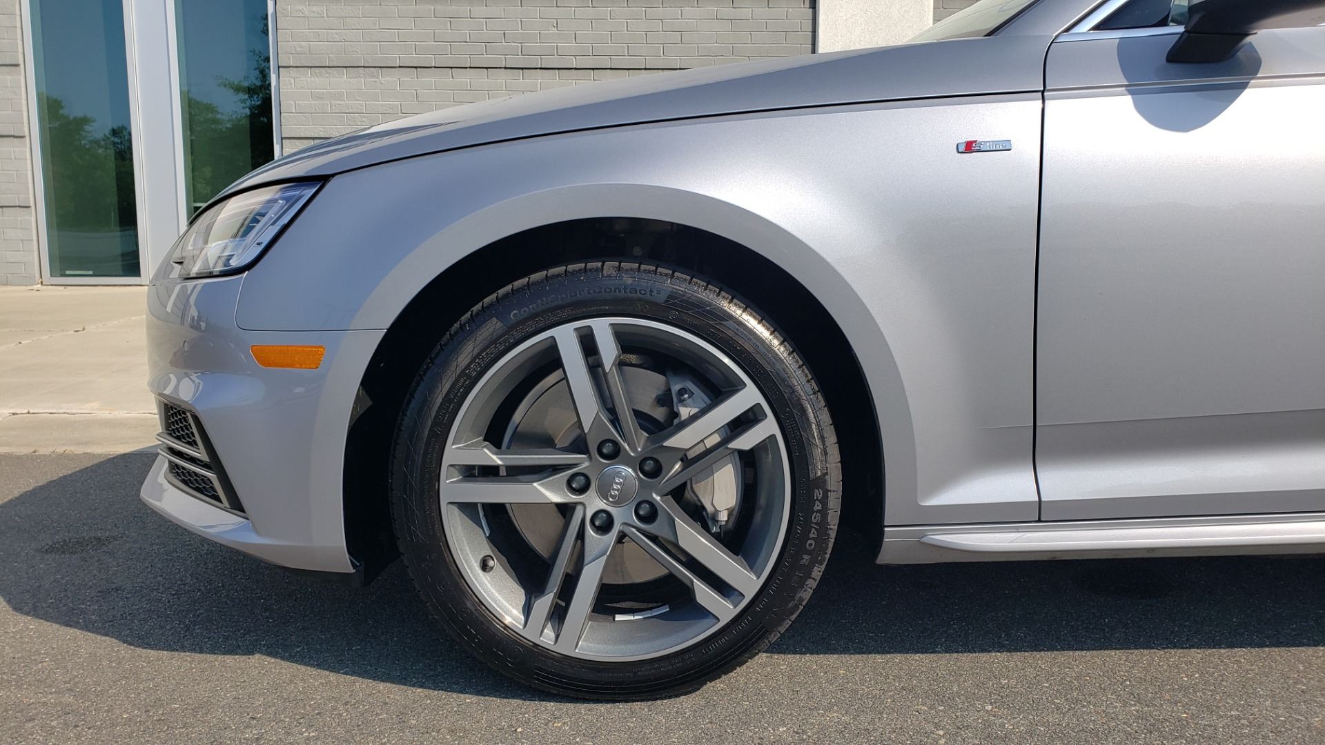 Used 2018 Audi A4 PREMIUM PLUS 2.0T / NAV / SUNROOF / B&O SND / CLD WTHR / REARVIEW for sale $29,395 at Formula Imports in Charlotte NC 28227 80