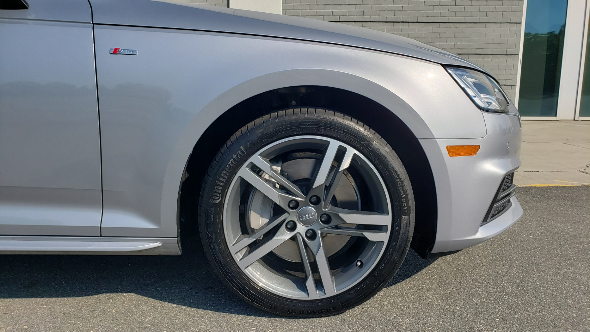Used 2018 Audi A4 PREMIUM PLUS 2.0T / NAV / SUNROOF / B&O SND / CLD WTHR / REARVIEW for sale $29,395 at Formula Imports in Charlotte NC 28227 83