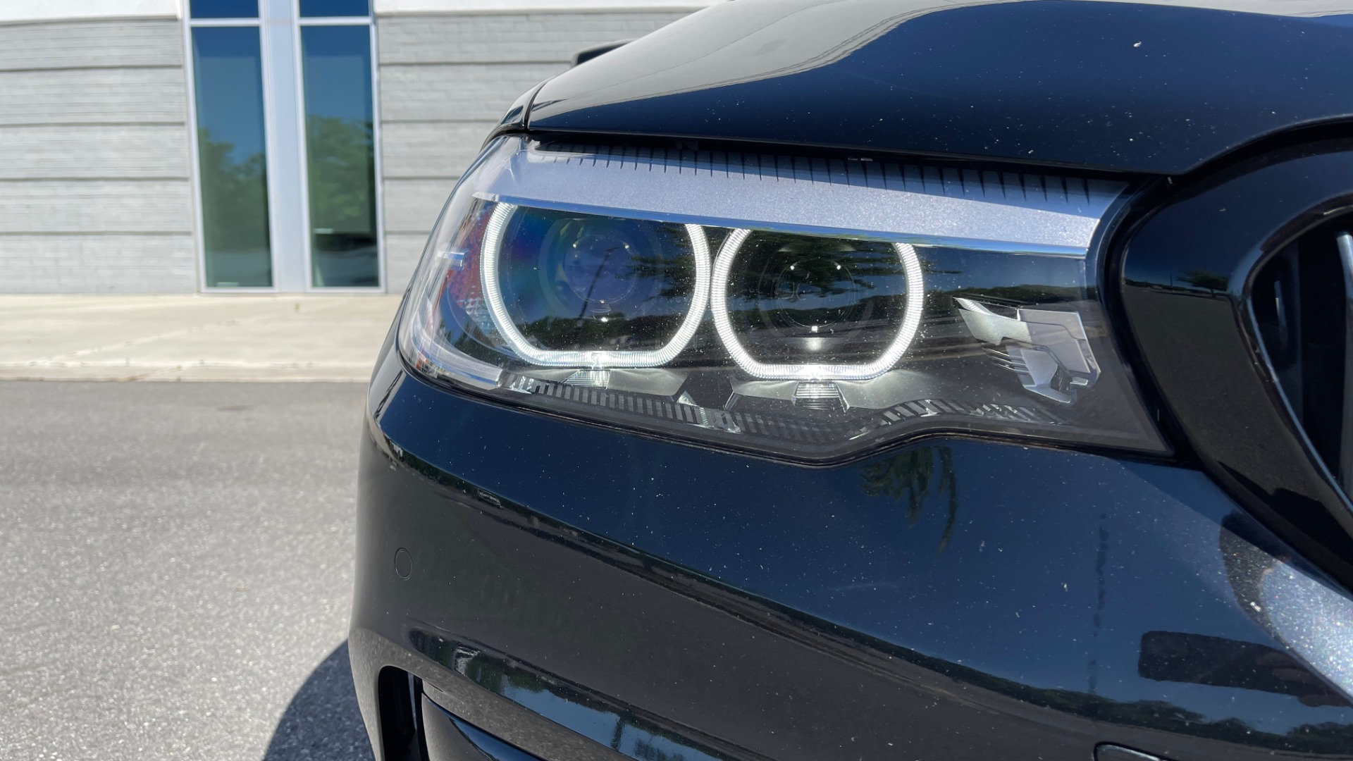 Used 2018 BMW 5 SERIES 540I XDRIVE PREMIUM / NAV / PARK ASST / WIRELESS CHARGING H/K SND for sale $38,395 at Formula Imports in Charlotte NC 28227 14