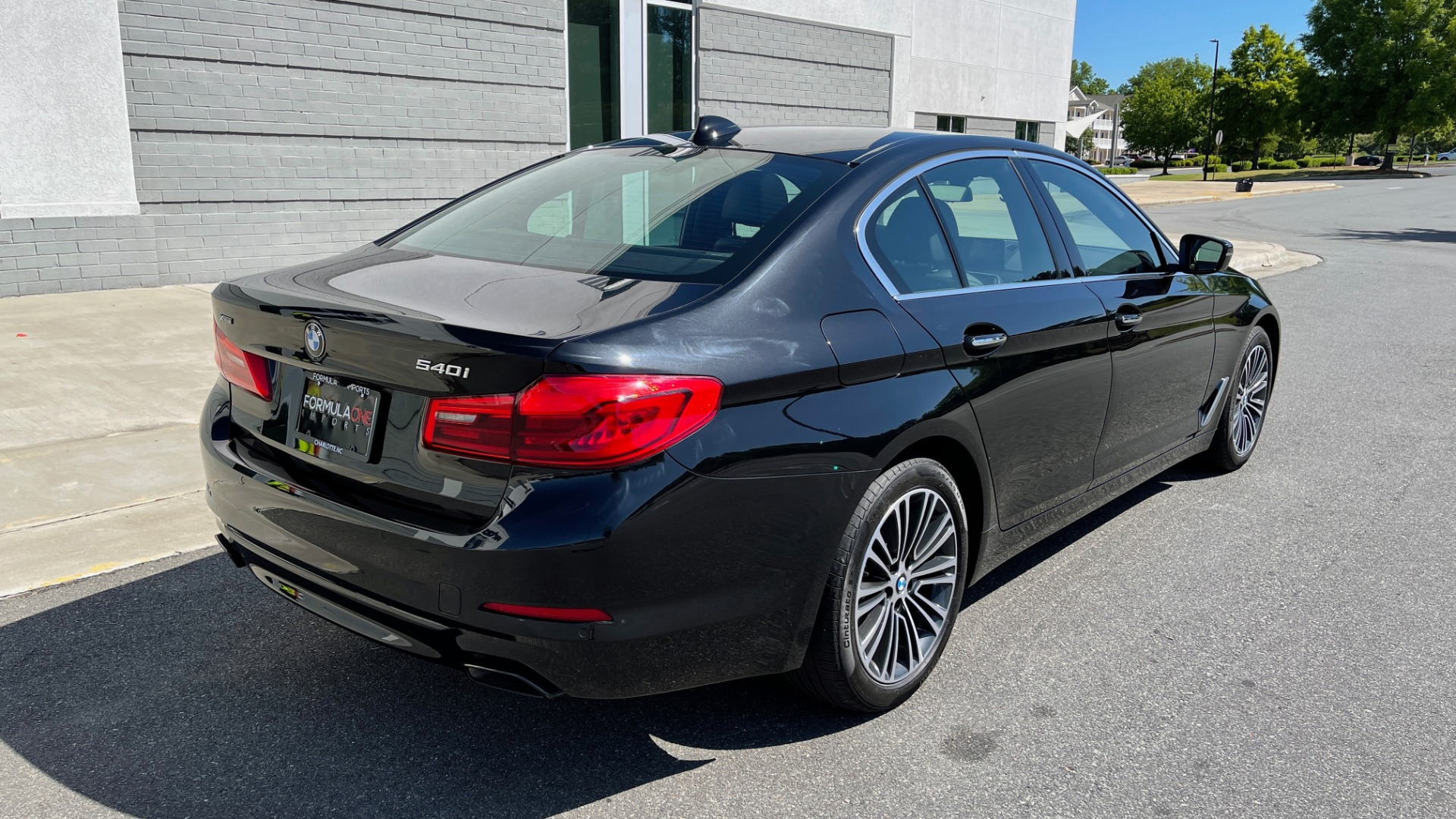 Used 2018 BMW 5 SERIES 540I XDRIVE PREMIUM / NAV / PARK ASST / WIRELESS CHARGING H/K SND for sale $38,395 at Formula Imports in Charlotte NC 28227 2