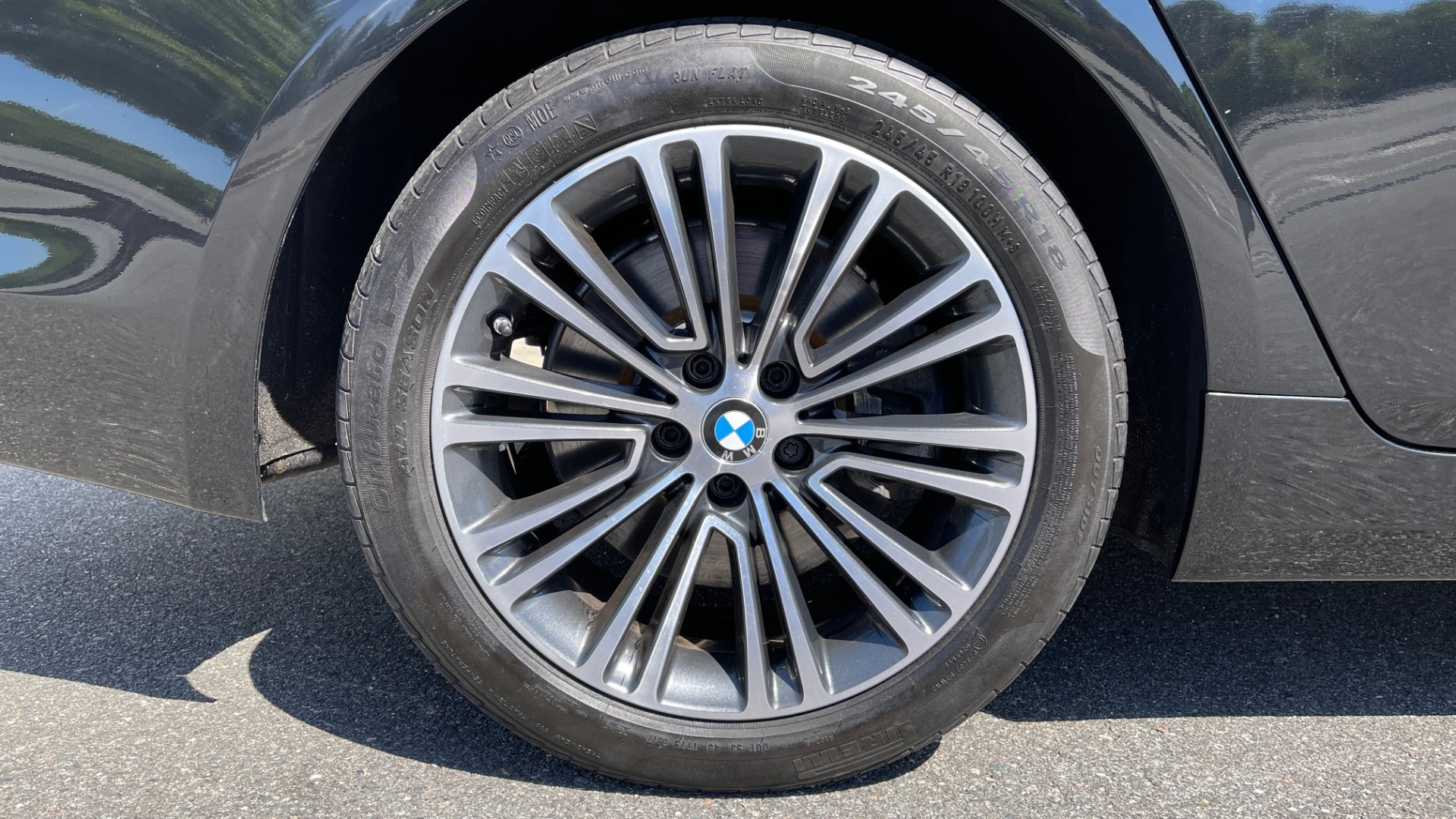 Used 2018 BMW 5 SERIES 540I XDRIVE PREMIUM / NAV / PARK ASST / WIRELESS CHARGING H/K SND for sale $38,395 at Formula Imports in Charlotte NC 28227 86