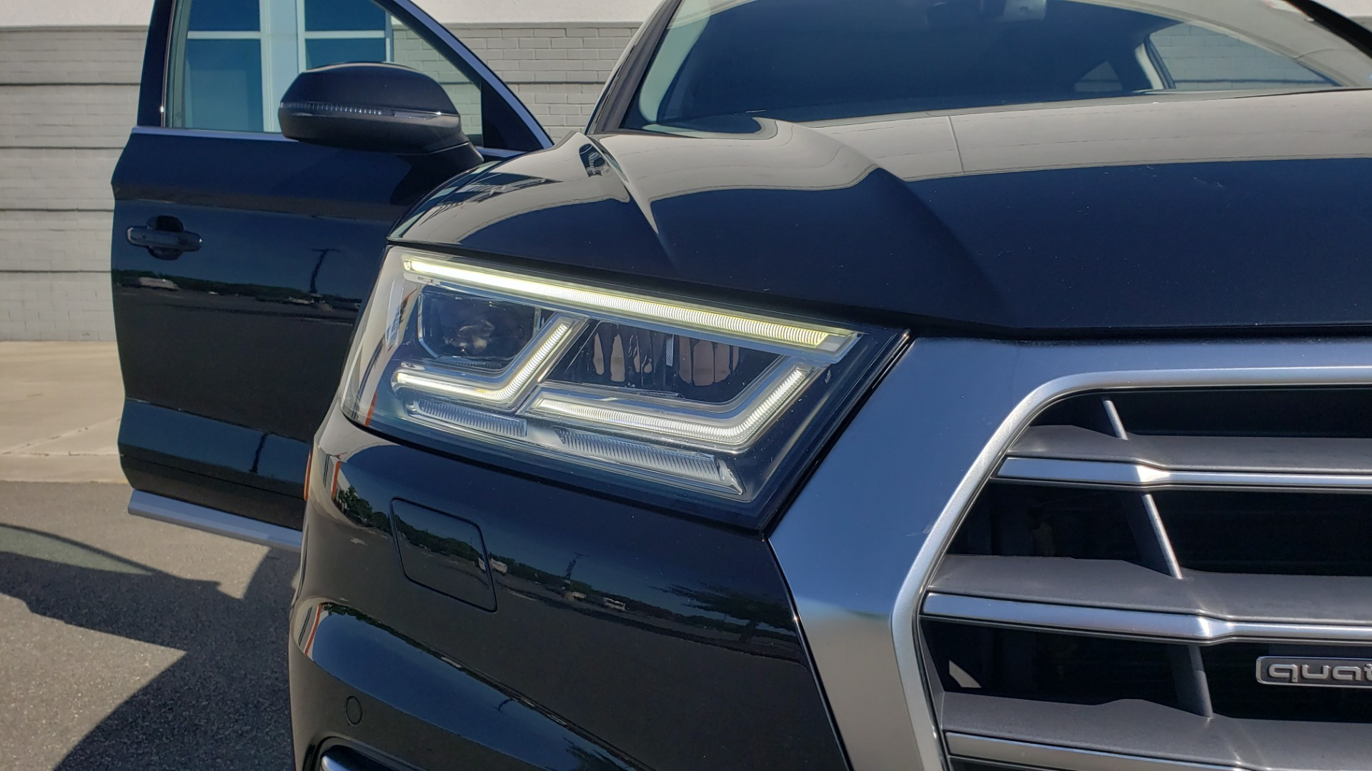Used 2018 Audi Q5 PREMIUM PLUS / NAV / B&O SND / CLD WTHR / SUNROOF / REARVIEW for sale Sold at Formula Imports in Charlotte NC 28227 22