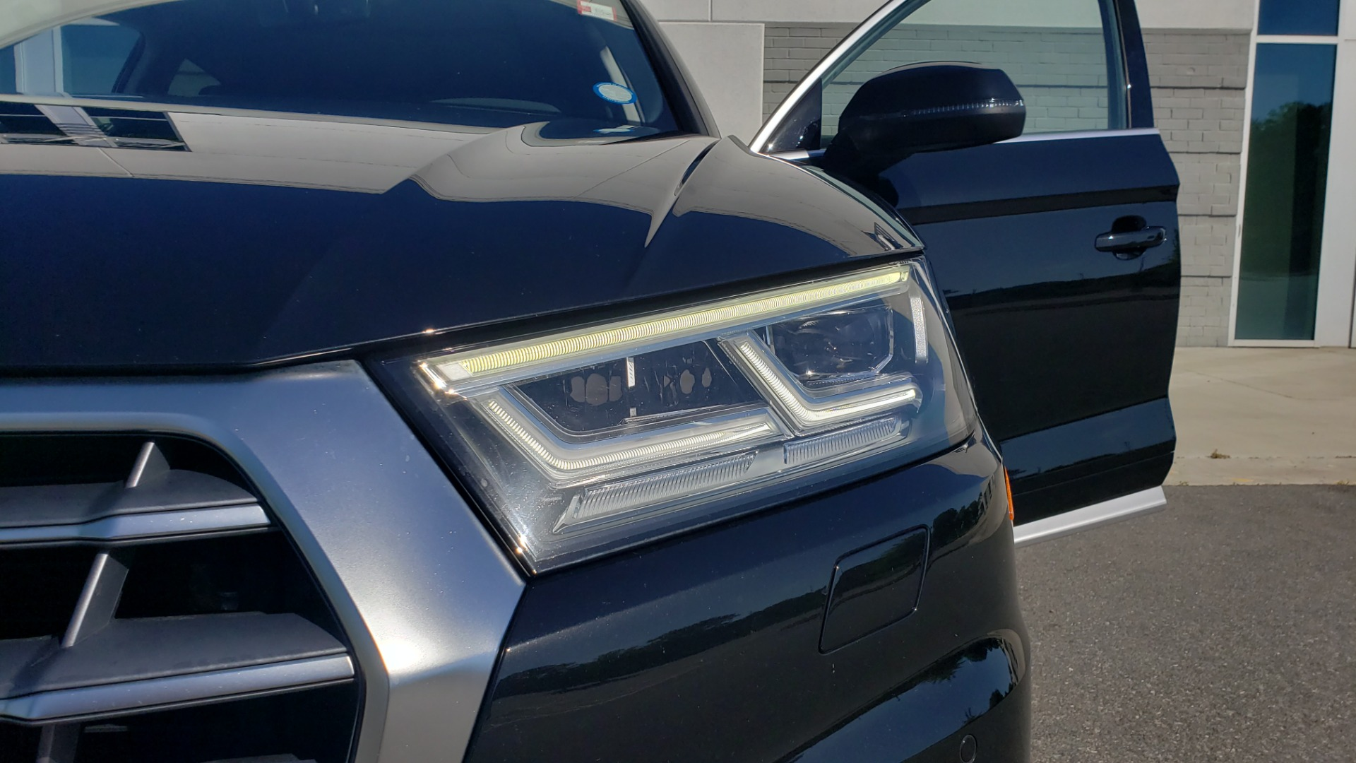 Used 2018 Audi Q5 PREMIUM PLUS / NAV / B&O SND / CLD WTHR / SUNROOF / REARVIEW for sale Sold at Formula Imports in Charlotte NC 28227 23