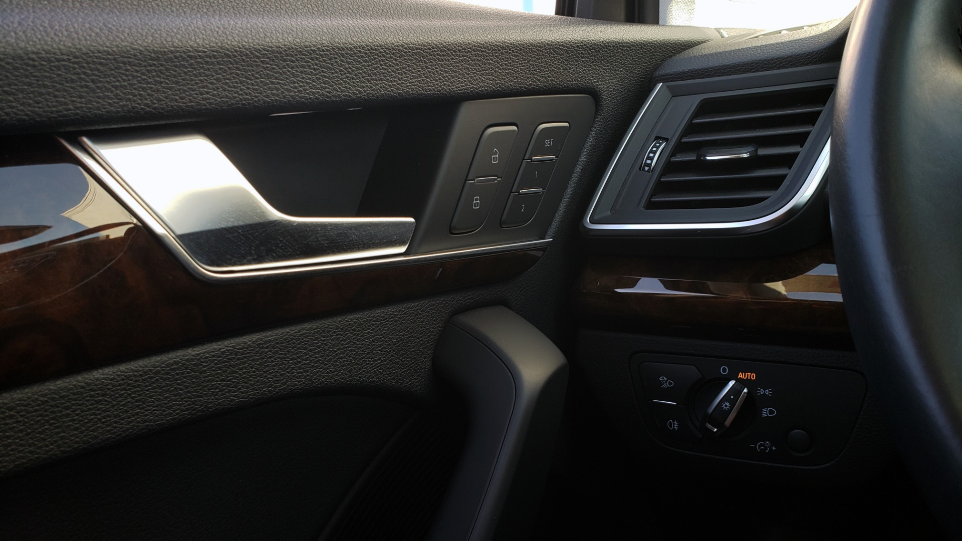 Used 2018 Audi Q5 PREMIUM PLUS / NAV / B&O SND / CLD WTHR / SUNROOF / REARVIEW for sale Sold at Formula Imports in Charlotte NC 28227 40