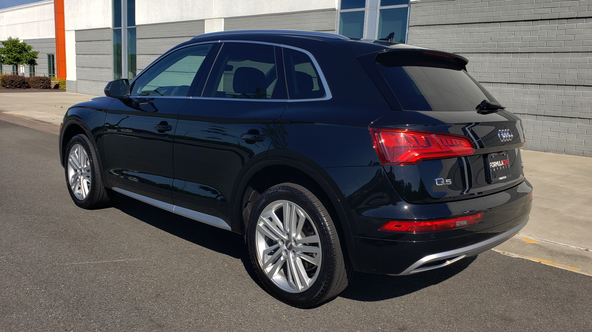 Used 2018 Audi Q5 PREMIUM PLUS / NAV / B&O SND / CLD WTHR / SUNROOF / REARVIEW for sale Sold at Formula Imports in Charlotte NC 28227 7