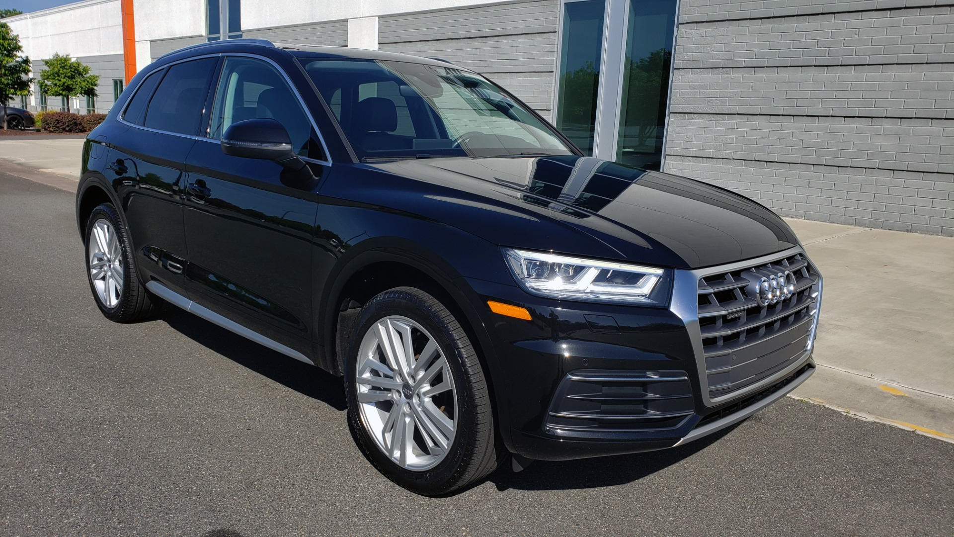 Used 2018 Audi Q5 PREMIUM PLUS / NAV / B&O SND / CLD WTHR / SUNROOF / REARVIEW for sale Sold at Formula Imports in Charlotte NC 28227 8