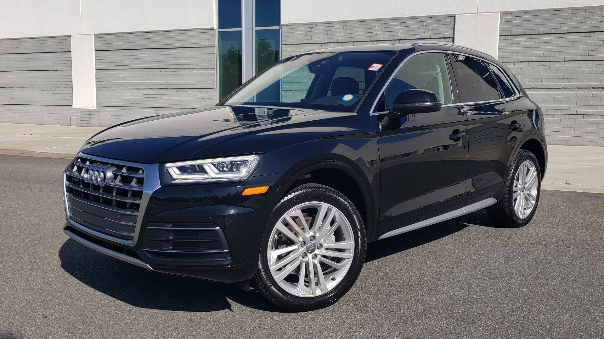 Used 2018 Audi Q5 PREMIUM PLUS / NAV / B&O SND / CLD WTHR / SUNROOF / REARVIEW for sale Sold at Formula Imports in Charlotte NC 28227 1
