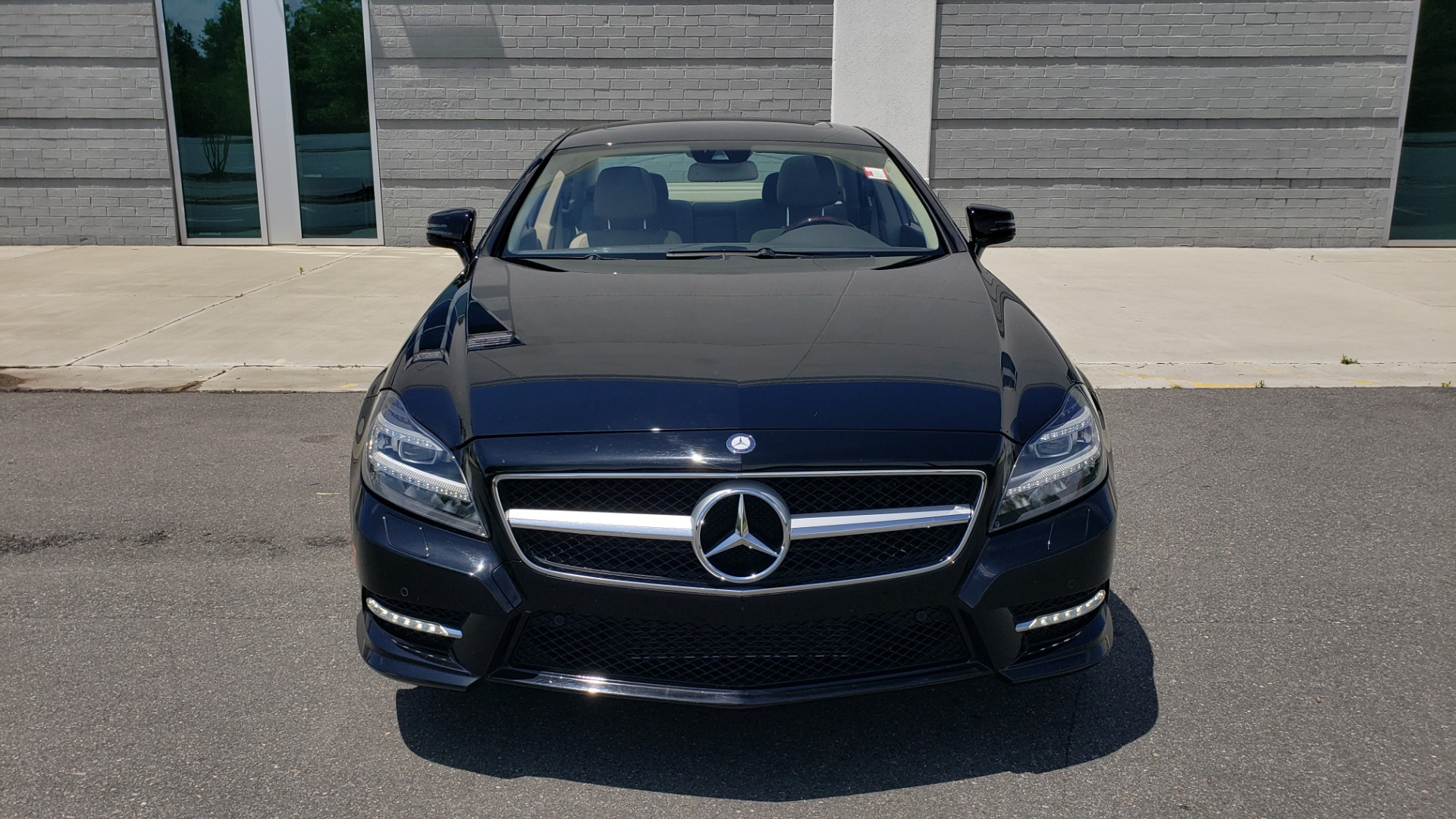 Used 2014 Mercedes-Benz CLS-CLASS CLS 550 PREMIUM / AMG SPORT WHLS / SUNROOF / LANE TRACK / PARKTRONIC for sale Sold at Formula Imports in Charlotte NC 28227 23