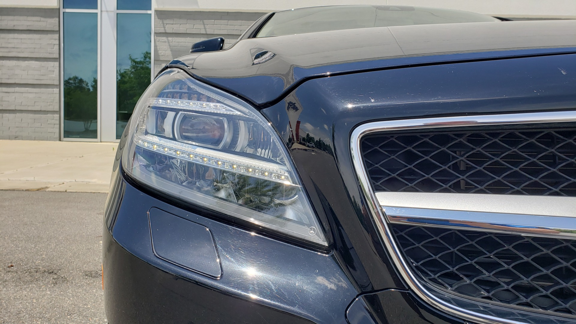 Used 2014 Mercedes-Benz CLS-CLASS CLS 550 PREMIUM / AMG SPORT WHLS / SUNROOF / LANE TRACK / PARKTRONIC for sale Sold at Formula Imports in Charlotte NC 28227 24