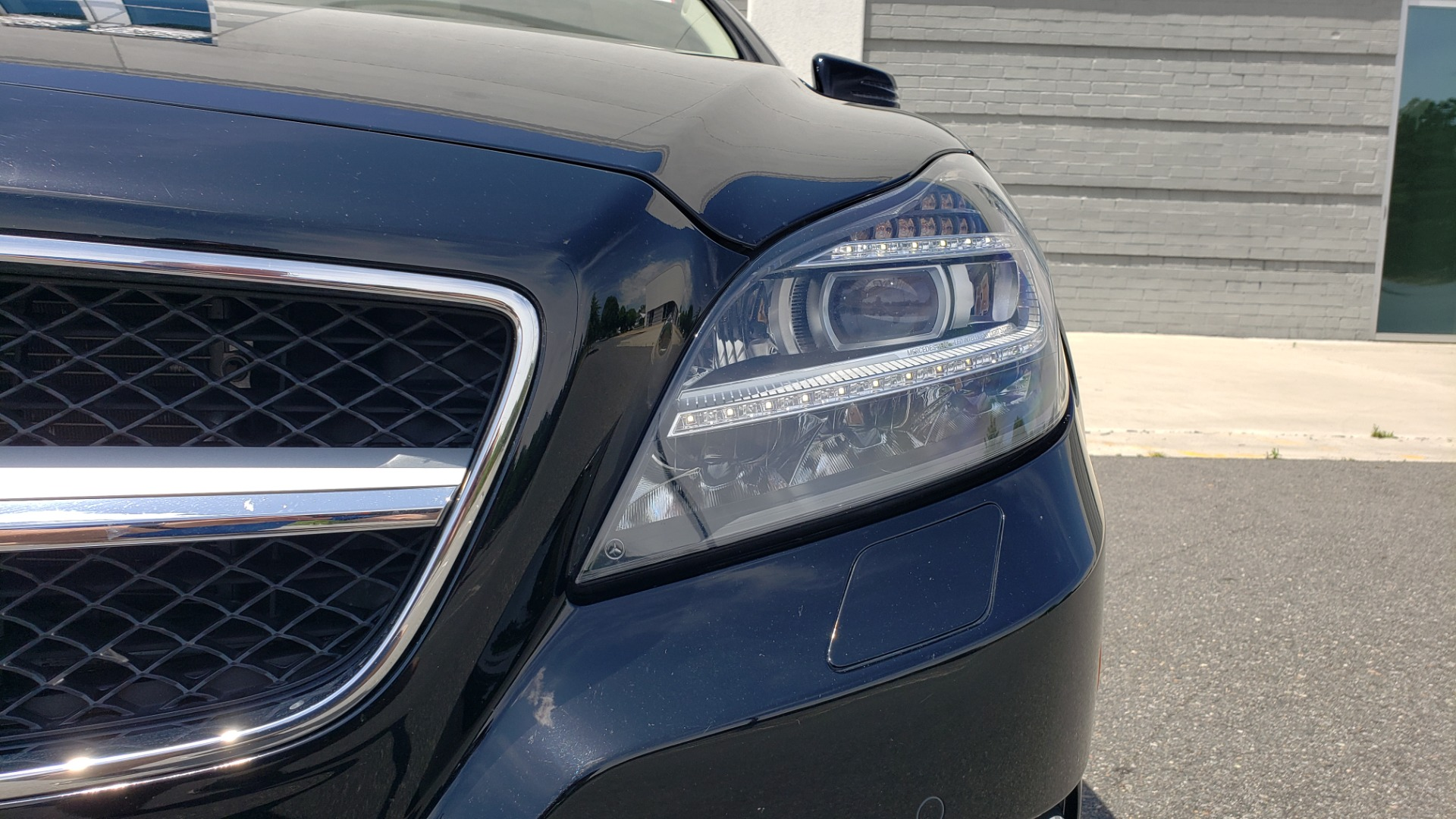 Used 2014 Mercedes-Benz CLS-CLASS CLS 550 PREMIUM / AMG SPORT WHLS / SUNROOF / LANE TRACK / PARKTRONIC for sale Sold at Formula Imports in Charlotte NC 28227 25