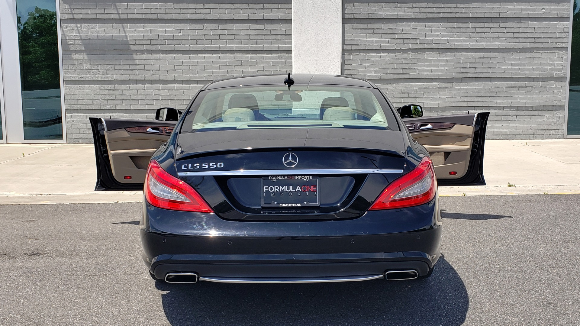 Used 2014 Mercedes-Benz CLS-CLASS CLS 550 PREMIUM / AMG SPORT WHLS / SUNROOF / LANE TRACK / PARKTRONIC for sale Sold at Formula Imports in Charlotte NC 28227 29