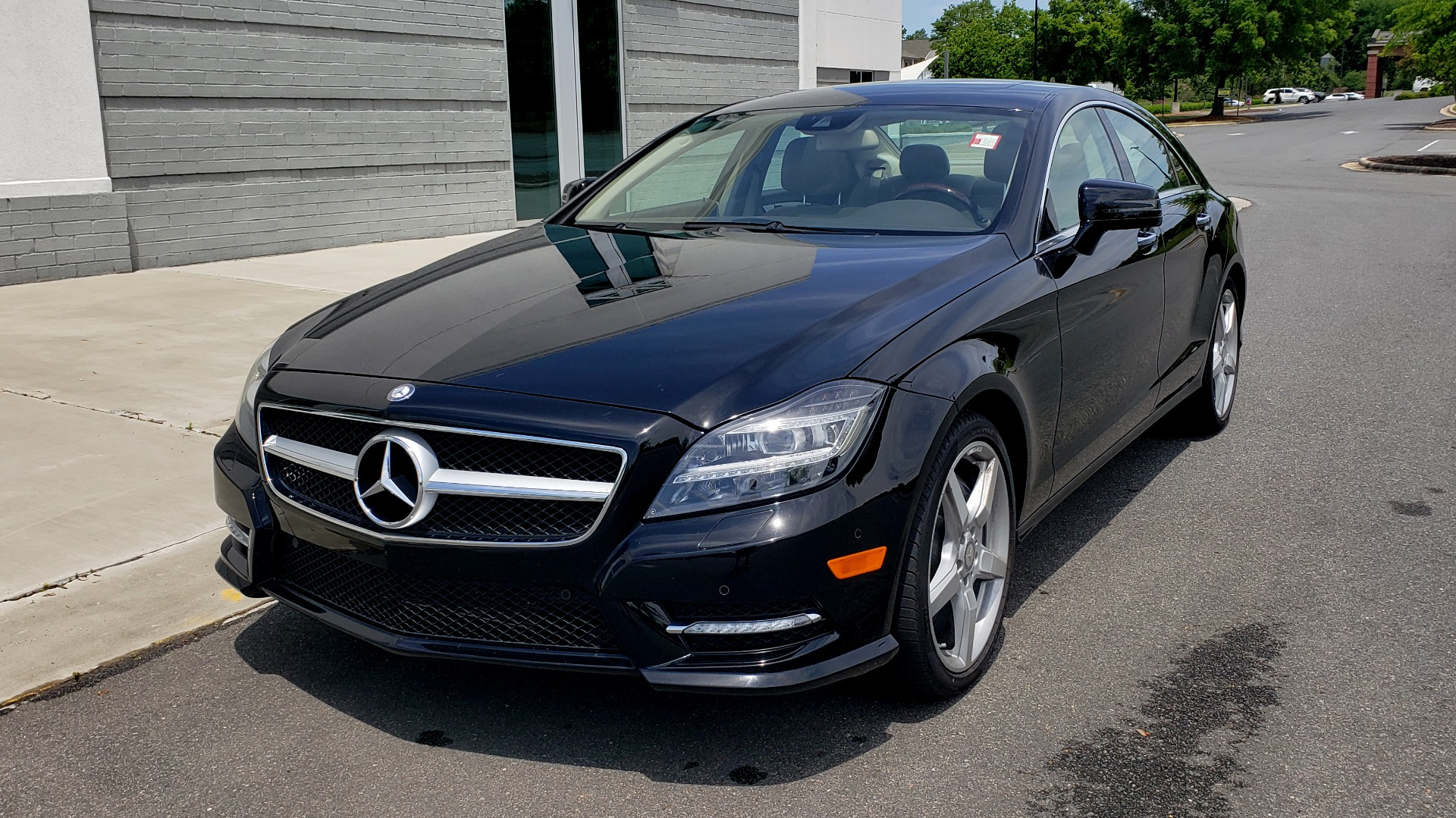 Used 2014 Mercedes-Benz CLS-CLASS CLS 550 PREMIUM / AMG SPORT WHLS / SUNROOF / LANE TRACK / PARKTRONIC for sale Sold at Formula Imports in Charlotte NC 28227 3