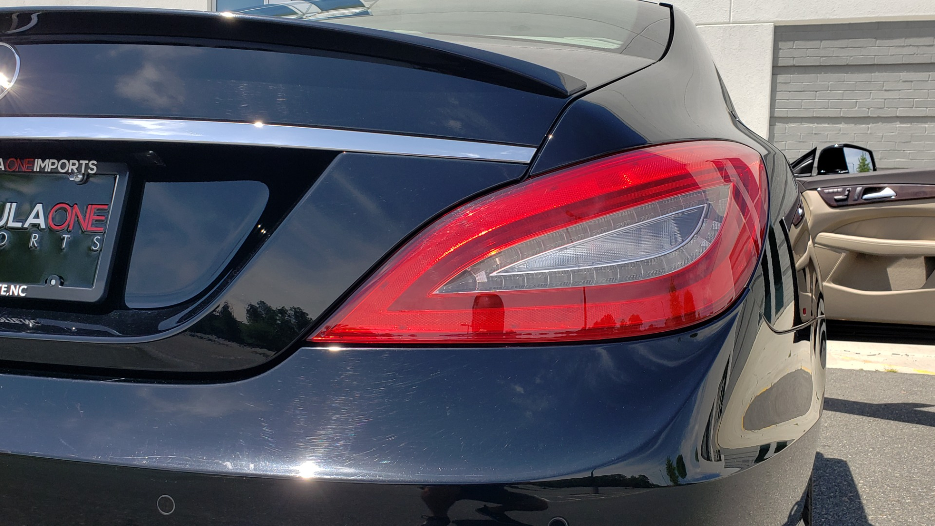 Used 2014 Mercedes-Benz CLS-CLASS CLS 550 PREMIUM / AMG SPORT WHLS / SUNROOF / LANE TRACK / PARKTRONIC for sale Sold at Formula Imports in Charlotte NC 28227 31