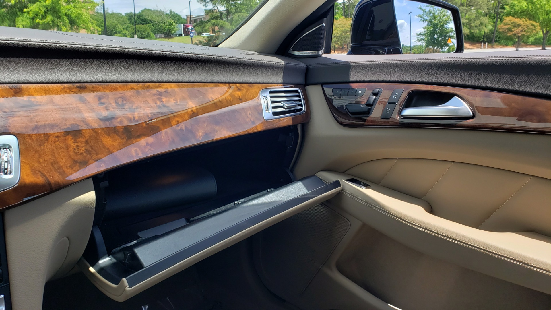 Used 2014 Mercedes-Benz CLS-CLASS CLS 550 PREMIUM / AMG SPORT WHLS / SUNROOF / LANE TRACK / PARKTRONIC for sale Sold at Formula Imports in Charlotte NC 28227 54