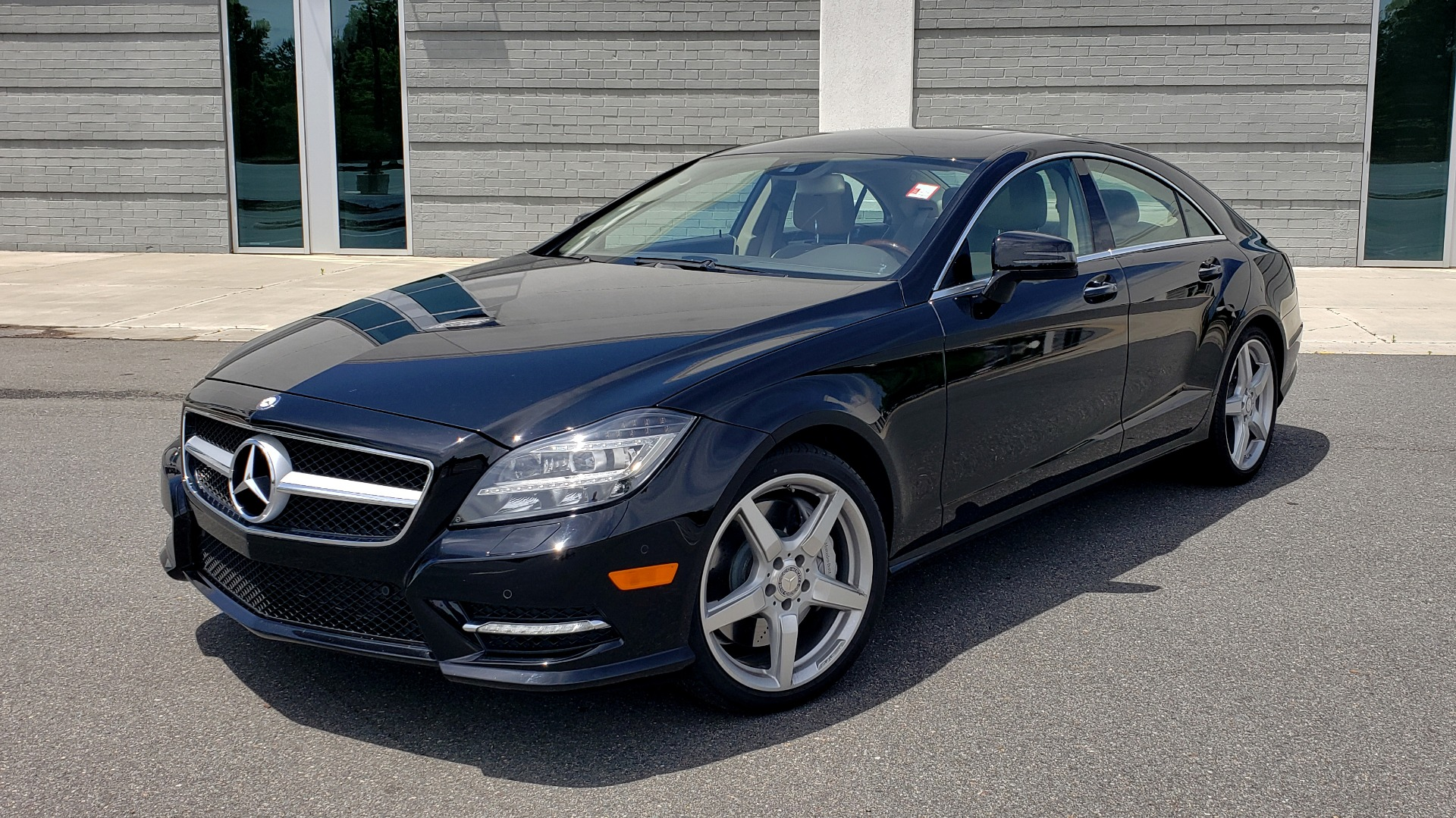 Used 2014 Mercedes-Benz CLS-CLASS CLS 550 PREMIUM / AMG SPORT WHLS / SUNROOF / LANE TRACK / PARKTRONIC for sale Sold at Formula Imports in Charlotte NC 28227 1