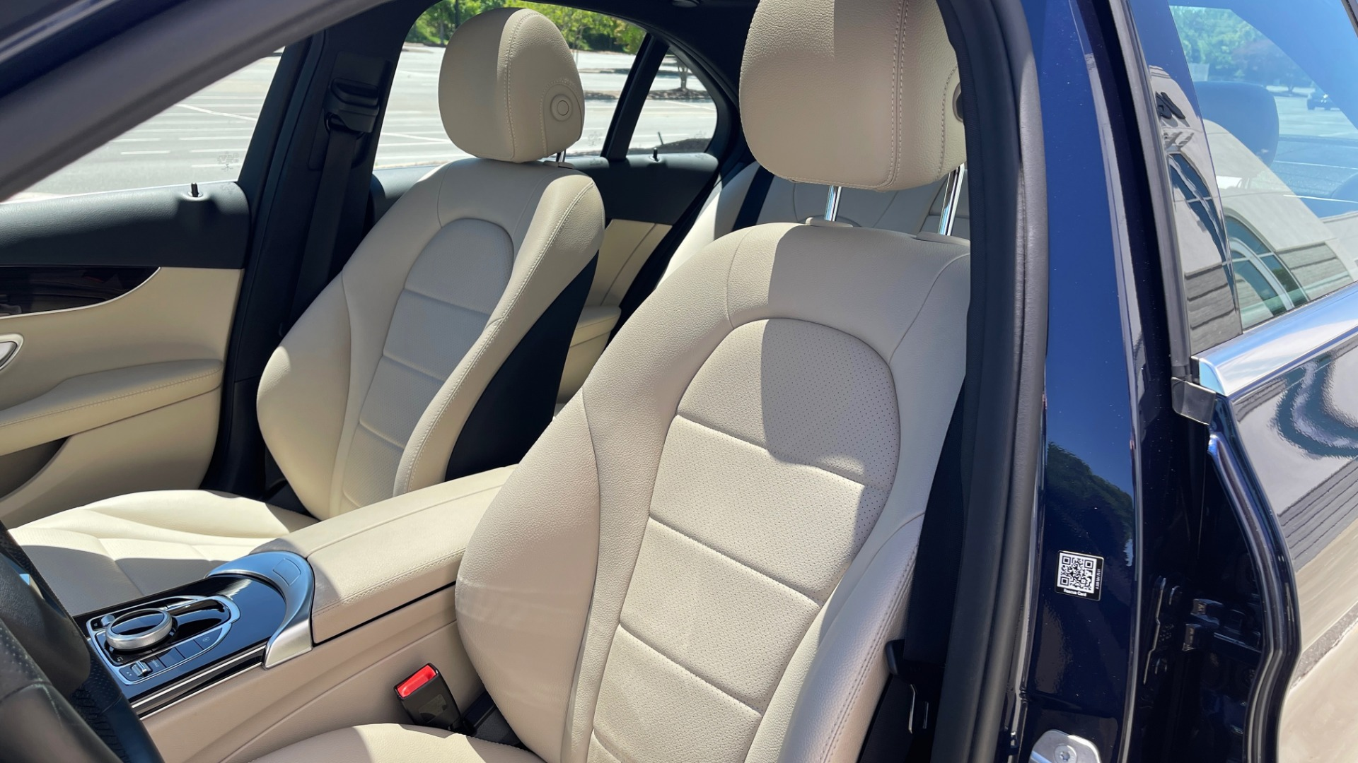 Used 2018 Mercedes-Benz C-CLASS C 300 PREMIUM / KEYLESS-GO / PANO-ROOF / BURMESTER / REARVIEW for sale $29,495 at Formula Imports in Charlotte NC 28227 53