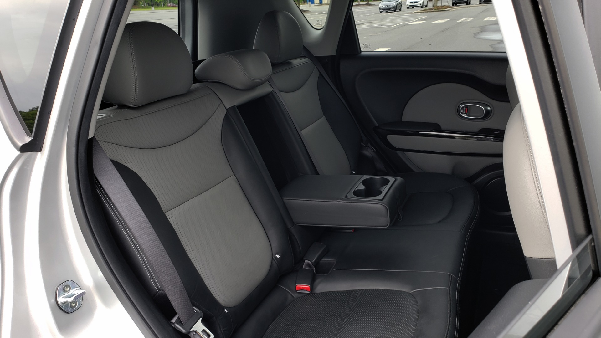 Used 2017 Kia SOUL PLUS / NAV / SUNROOF / LEATHER / HTD STS / REARVIEW for sale $16,995 at Formula Imports in Charlotte NC 28227 67