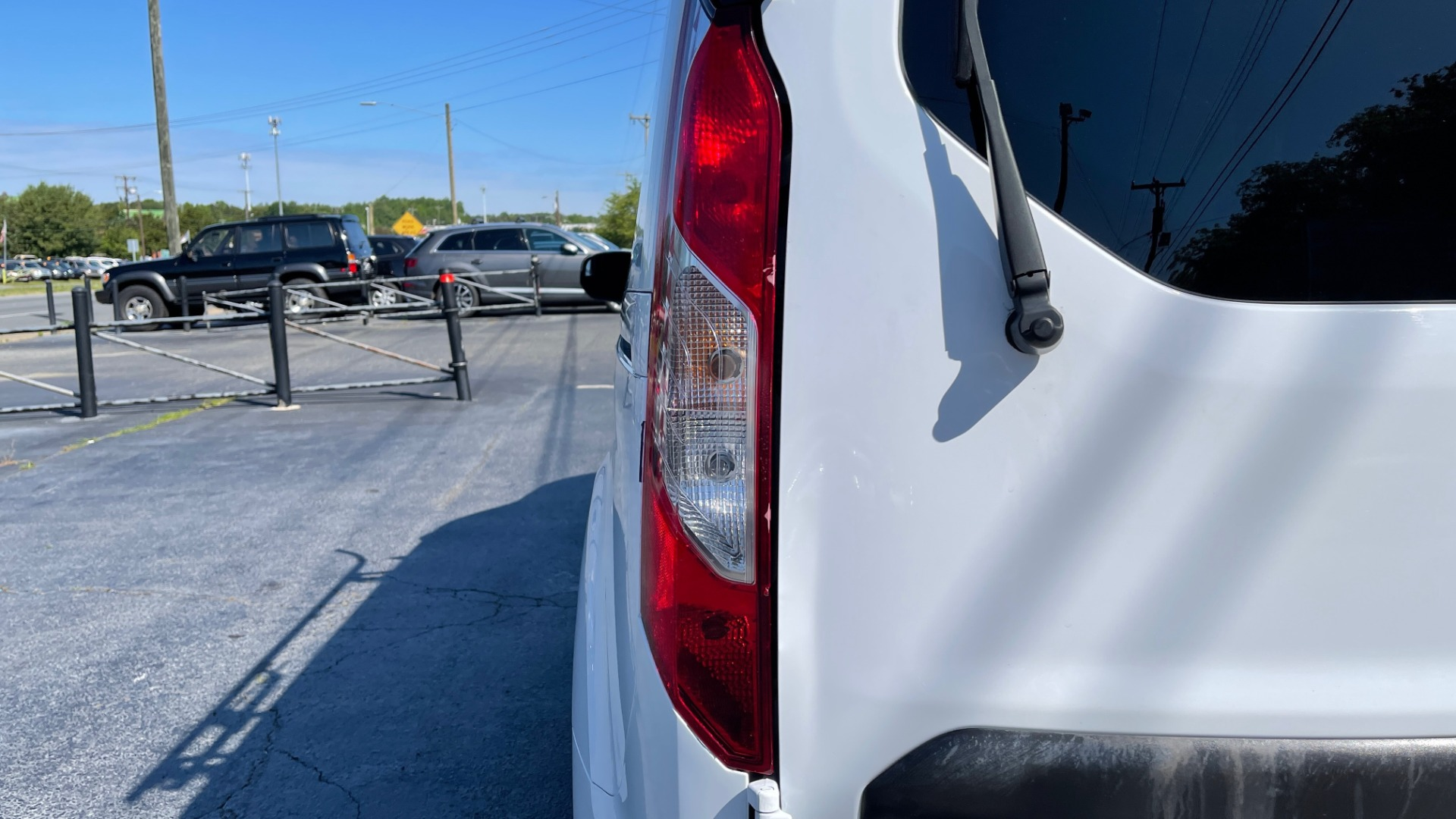 Used 2015 Ford TRANSIT CONNECT XLT CARGO VAN LWB / 2.5L 4-CYL / 6-SPD AUTO / ROOF RACK for sale $10,500 at Formula Imports in Charlotte NC 28227 11