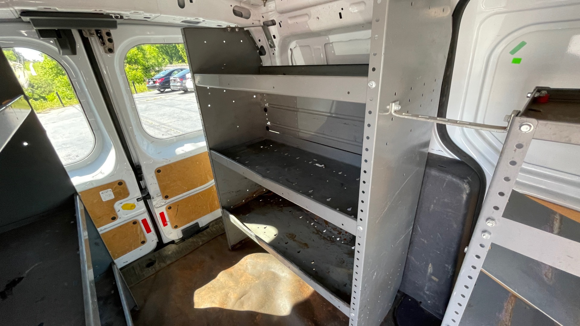 Used 2015 Ford TRANSIT CONNECT XLT CARGO VAN LWB / 2.5L 4-CYL / 6-SPD AUTO / ROOF RACK for sale $10,500 at Formula Imports in Charlotte NC 28227 53