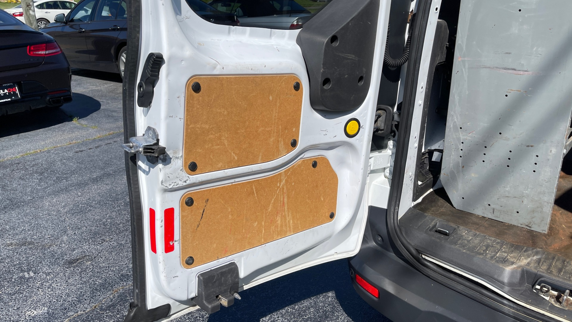 Used 2015 Ford TRANSIT CONNECT XLT CARGO VAN LWB / 2.5L 4-CYL / 6-SPD AUTO / ROOF RACK for sale $10,500 at Formula Imports in Charlotte NC 28227 55
