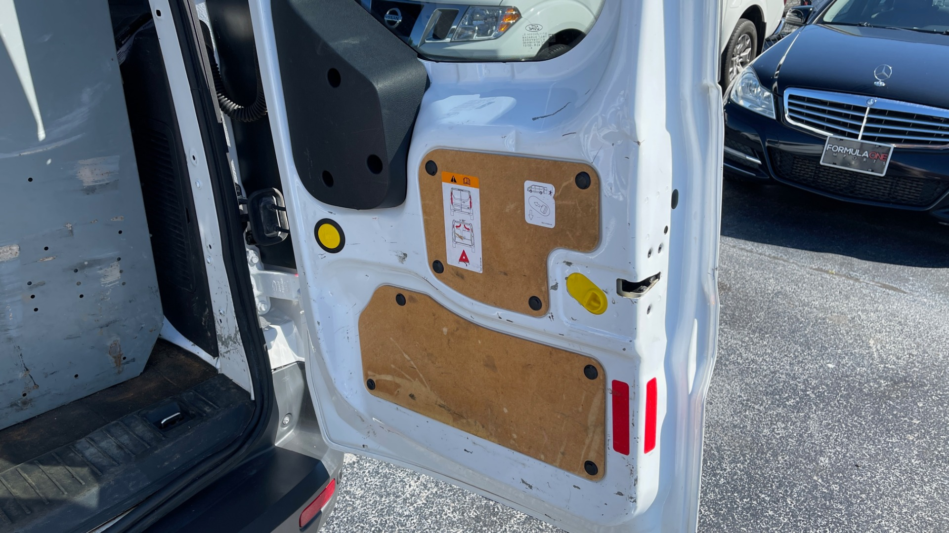 Used 2015 Ford TRANSIT CONNECT XLT CARGO VAN LWB / 2.5L 4-CYL / 6-SPD AUTO / ROOF RACK for sale $10,500 at Formula Imports in Charlotte NC 28227 56