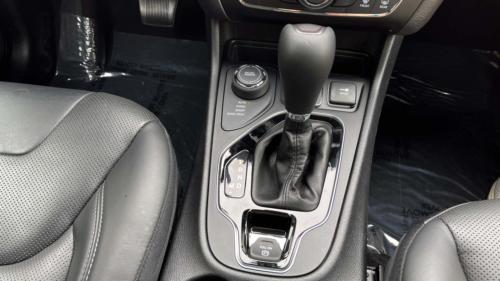 Used 2019 Jeep CHEROKEE LIMITED 4X4 / KEYLESS-GO / BLIND SPOT AND CROSS PATH / REMOTE START / REARV for sale $26,995 at Formula Imports in Charlotte NC 28227 57