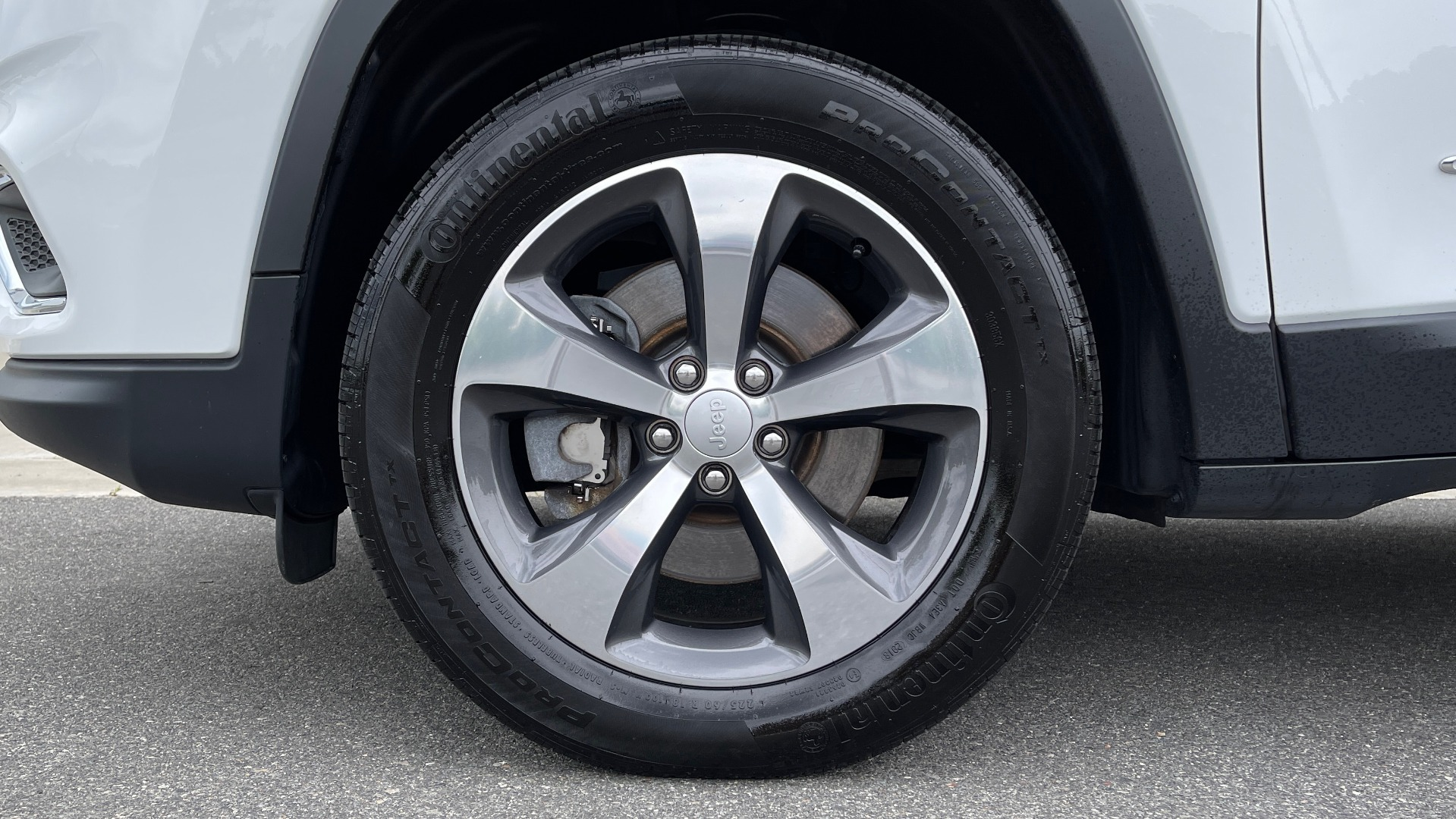Used 2019 Jeep CHEROKEE LIMITED 4X4 / KEYLESS-GO / BLIND SPOT AND CROSS PATH / REMOTE START / REARV for sale $26,995 at Formula Imports in Charlotte NC 28227 78