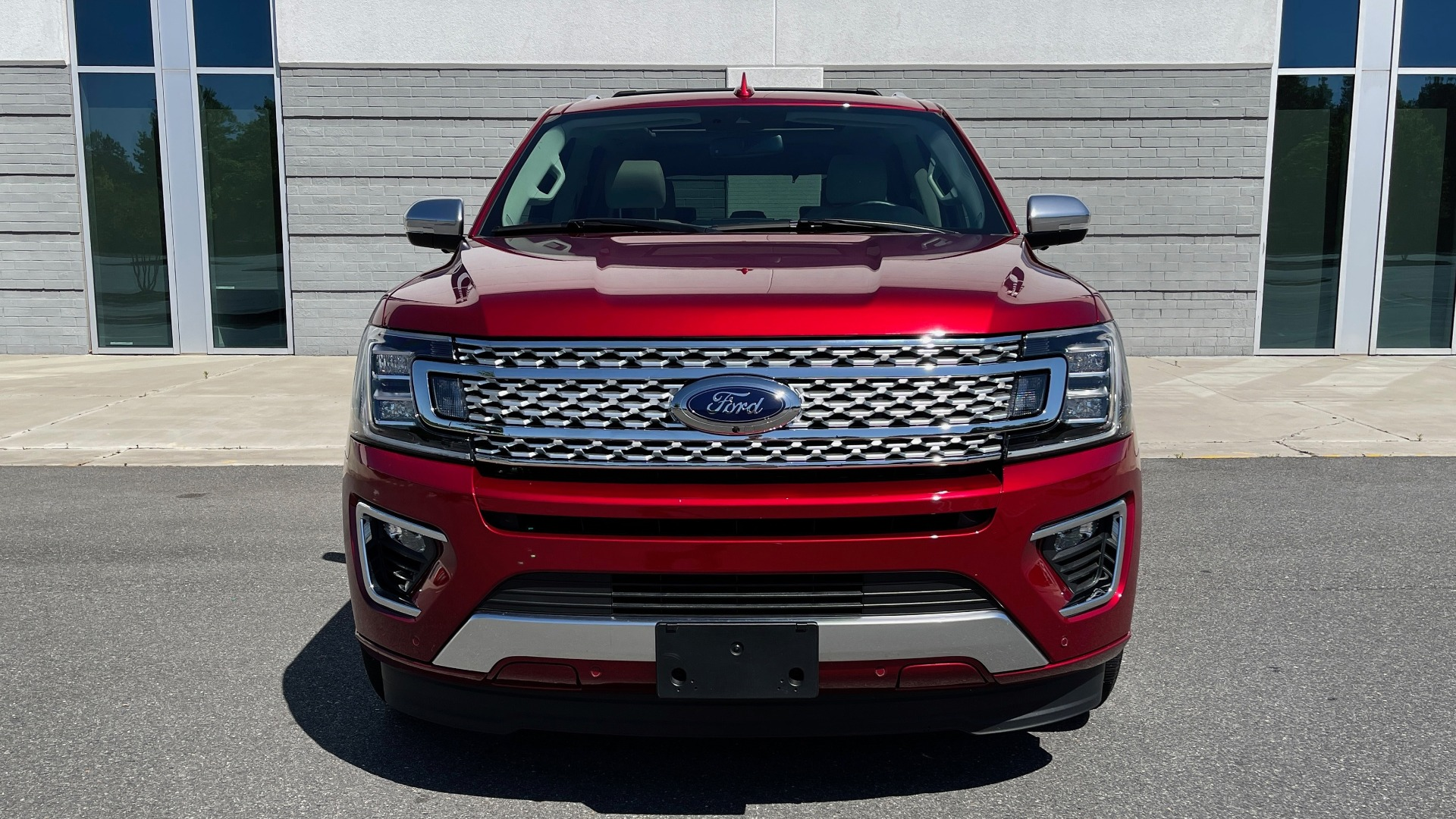 Used 2019 Ford EXPEDITION PLATINUM / 3.5L ECOBOOST / NAV / WIFI / SUNROOF / 3-ROW / REARVIEW for sale Sold at Formula Imports in Charlotte NC 28227 6
