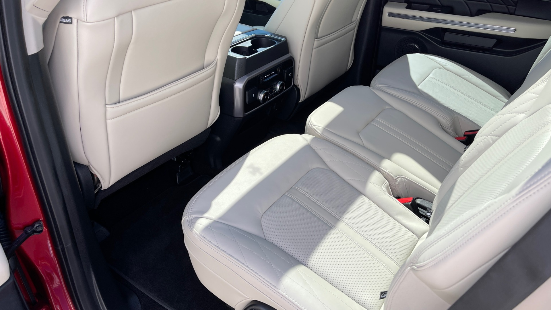 Used 2019 Ford EXPEDITION PLATINUM / 3.5L ECOBOOST / NAV / WIFI / SUNROOF / 3-ROW / REARVIEW for sale Sold at Formula Imports in Charlotte NC 28227 69