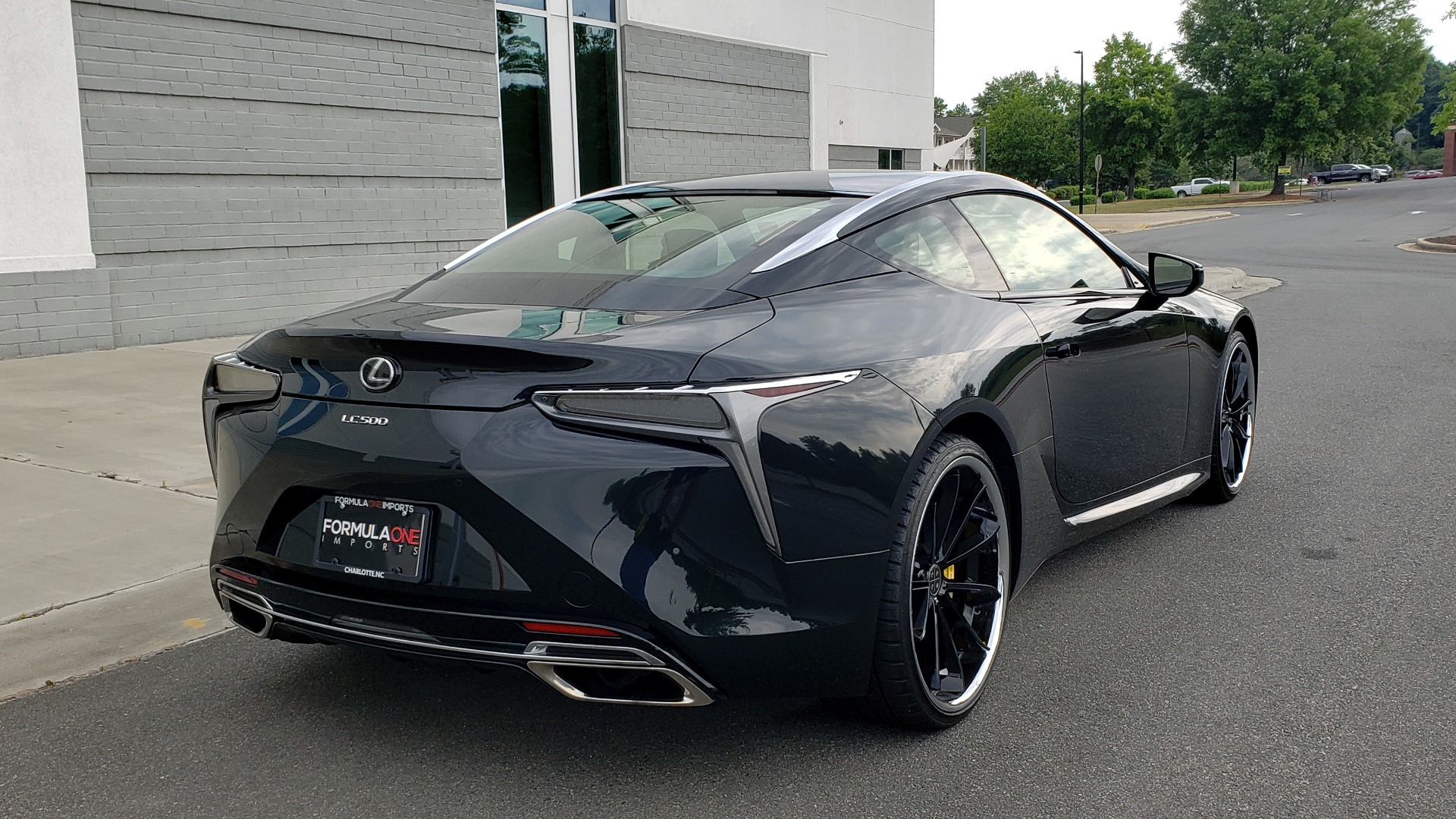 Used 2018 Lexus LC 500 COUPE / 5.0L V8 (471HP) / 10-SPD AUTO / HUD / SUNROOF / REARVIEW for sale Sold at Formula Imports in Charlotte NC 28227 2