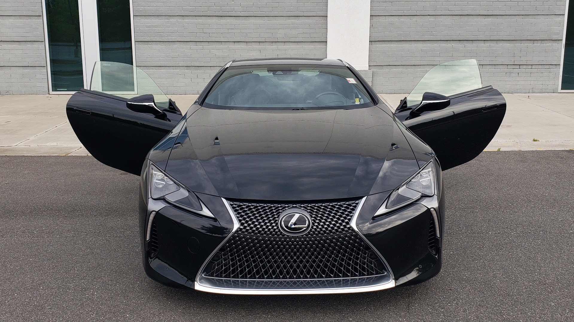 Used 2018 Lexus LC 500 COUPE / 5.0L V8 (471HP) / 10-SPD AUTO / HUD / SUNROOF / REARVIEW for sale Sold at Formula Imports in Charlotte NC 28227 26
