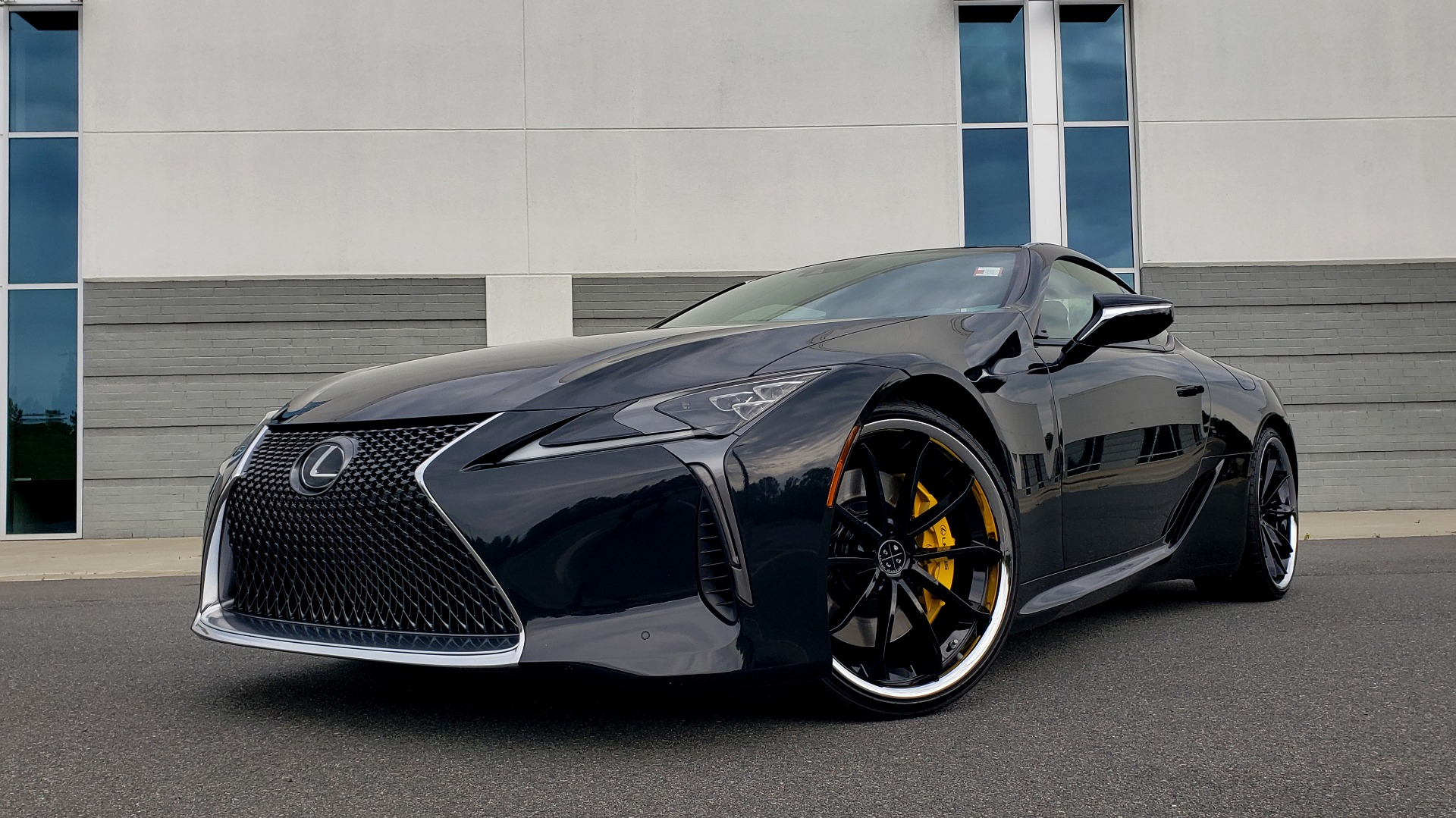 Used 2018 Lexus LC 500 COUPE / 5.0L V8 (471HP) / 10-SPD AUTO / HUD / SUNROOF / REARVIEW for sale Sold at Formula Imports in Charlotte NC 28227 3